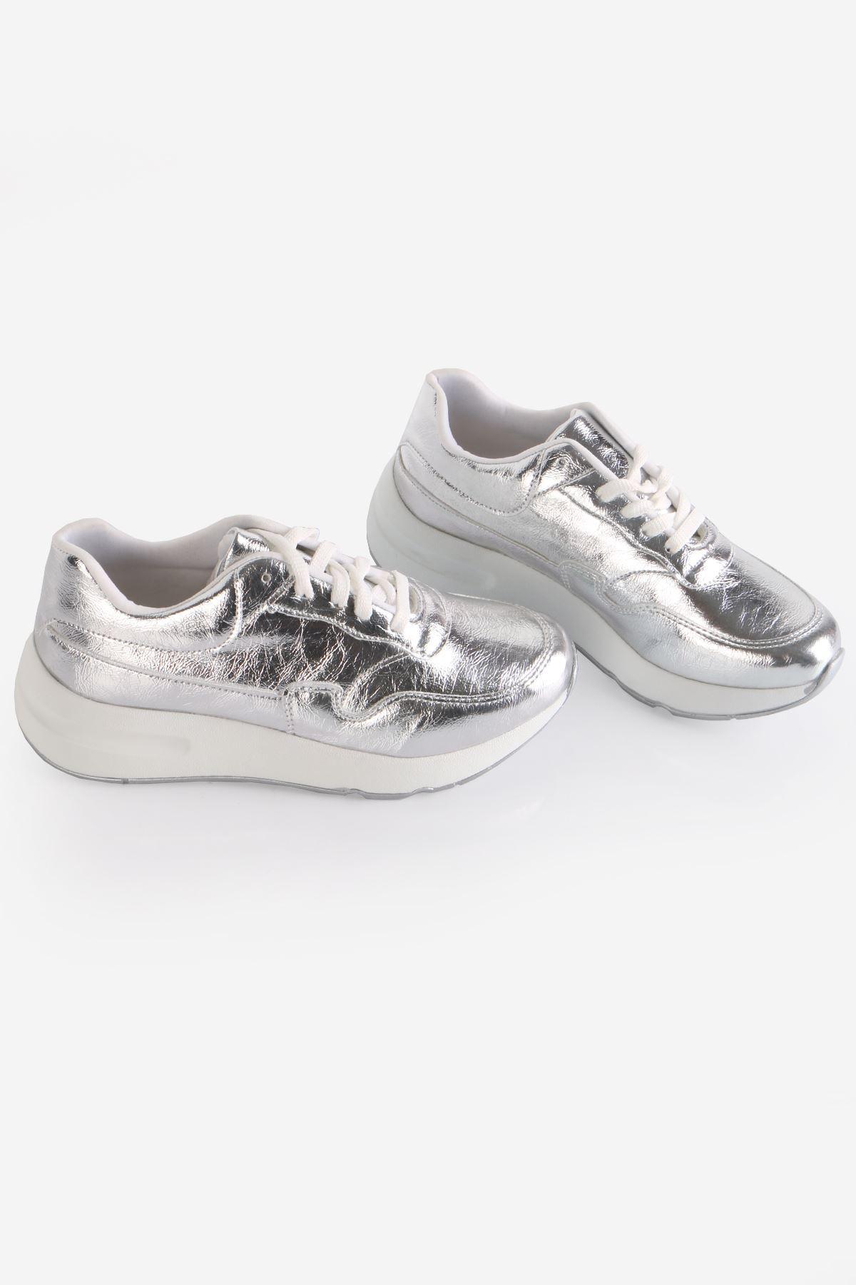 Gümüş Bağcıklı Sneaker