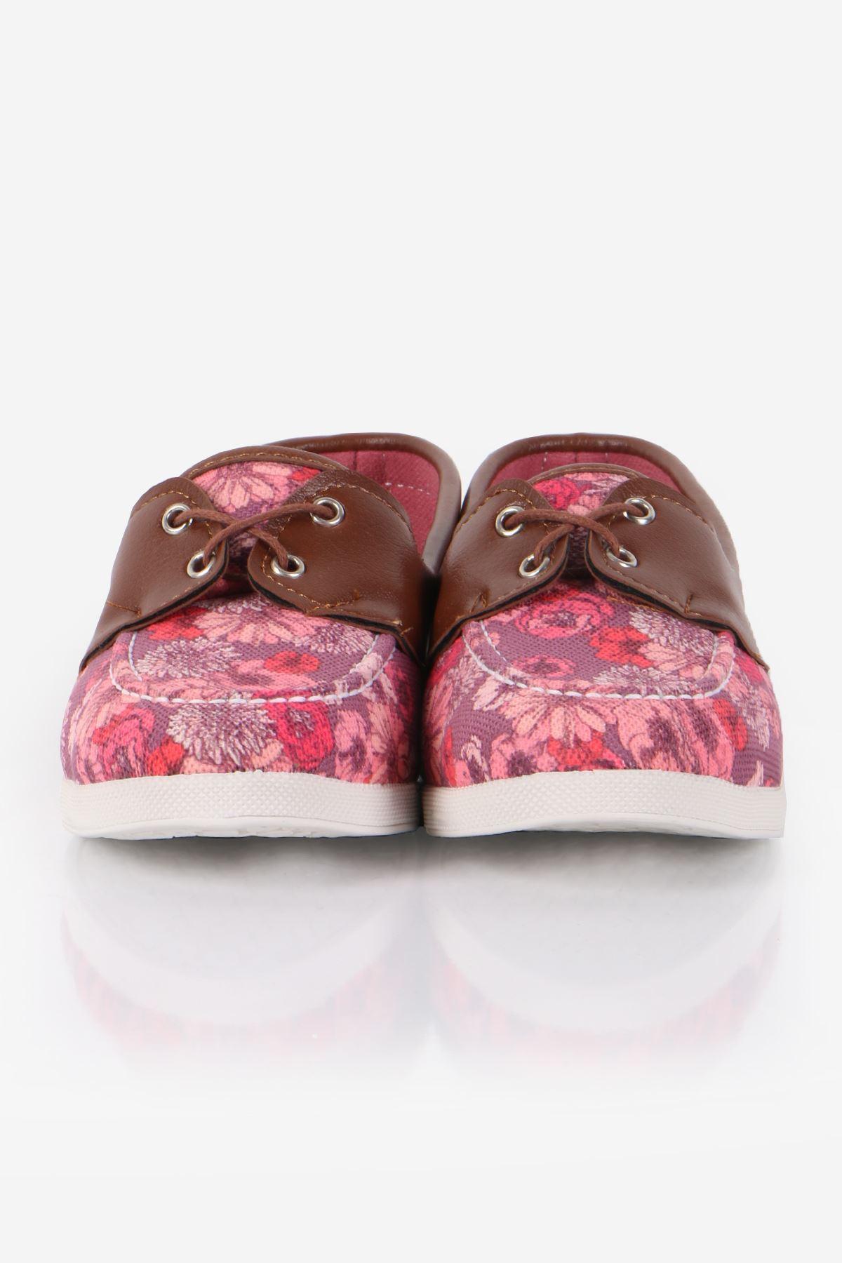 Mor Çiçek Desenli Ayakkabı