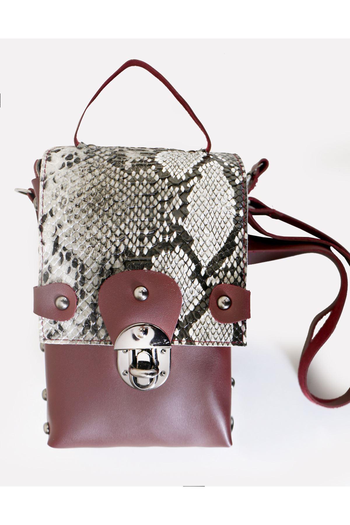 Bordo Yılan Desen Metal Aksesuarlı El ve Çapraz Çanta