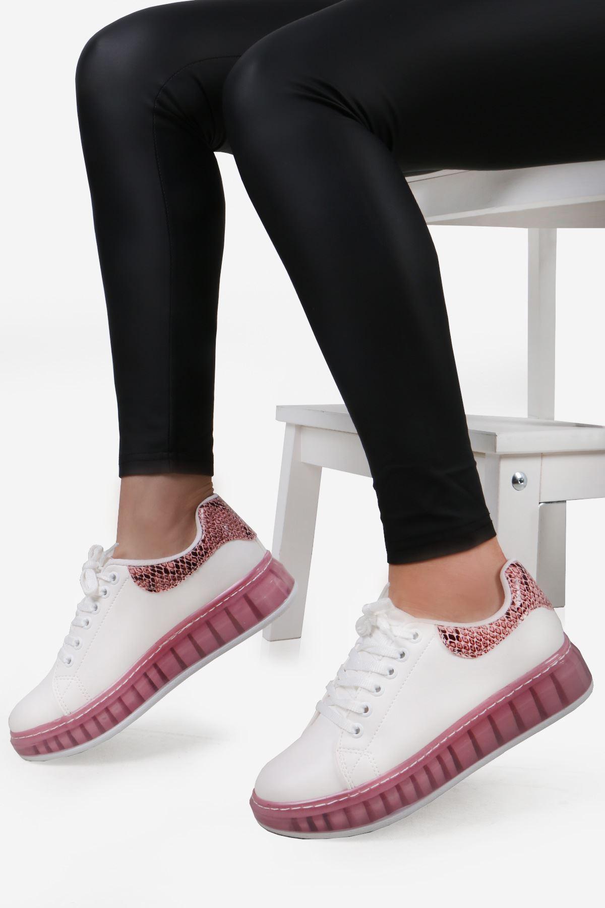 Beyaz Pudra Yılan Detay Spor Ayakkabı