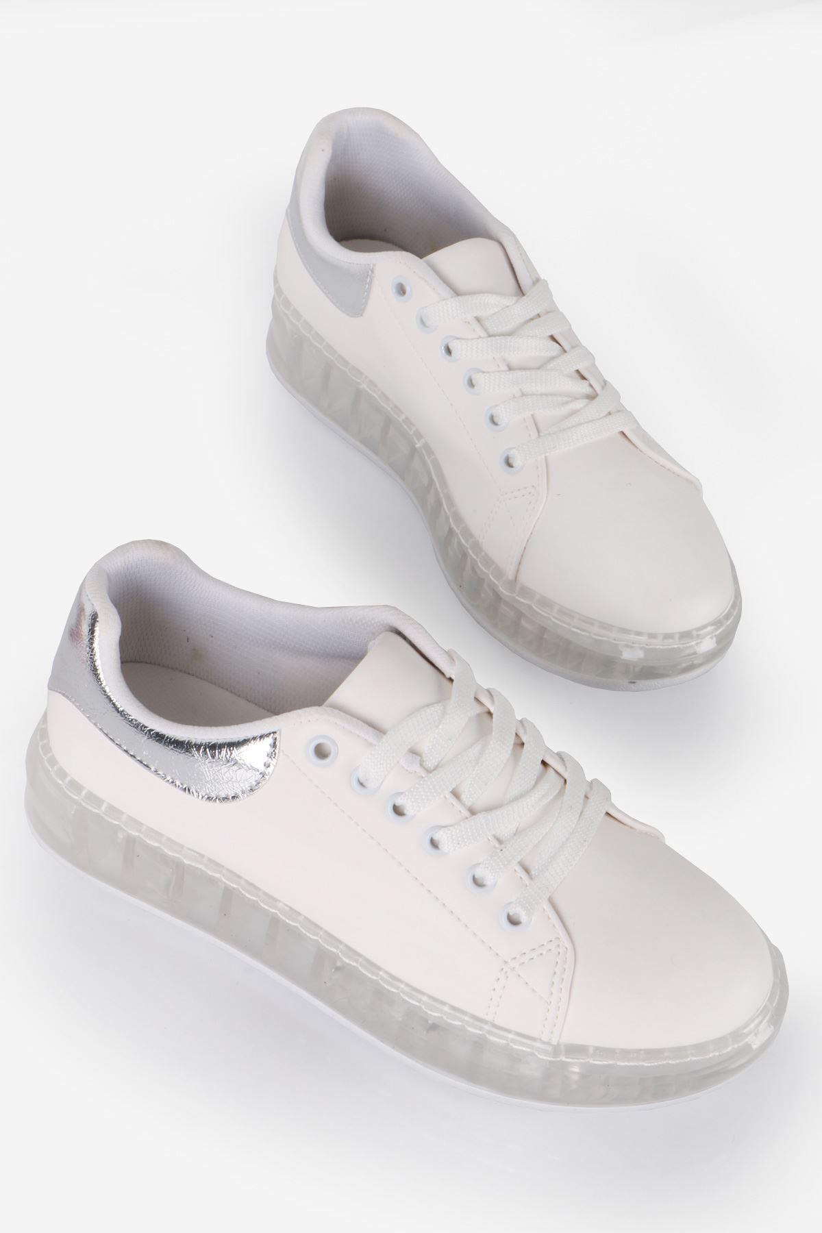 Beyaz Gümüş Detay Spor Ayakkabı