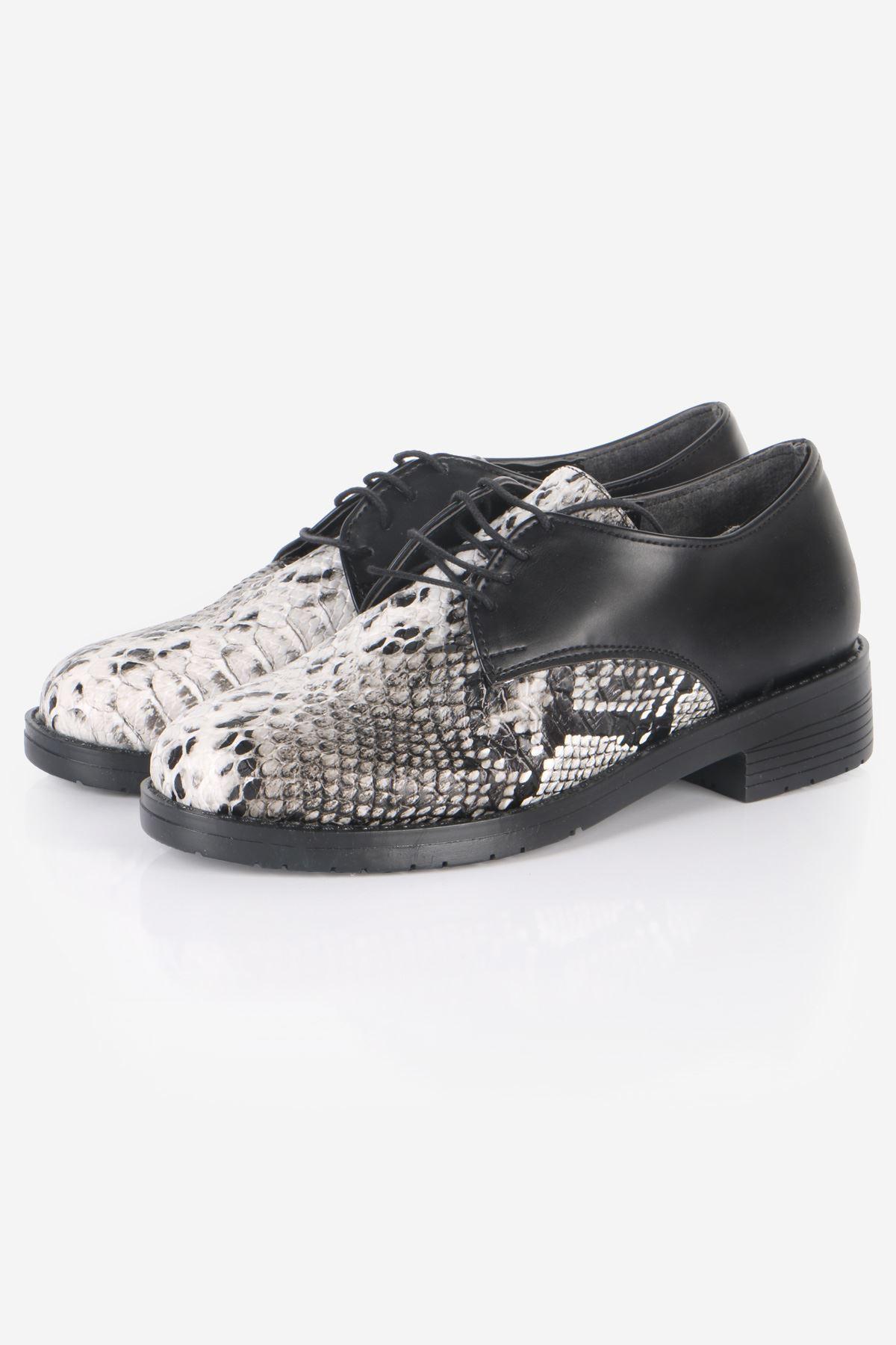 Siyah Yılan Detaylı Oxford Ayakkabı