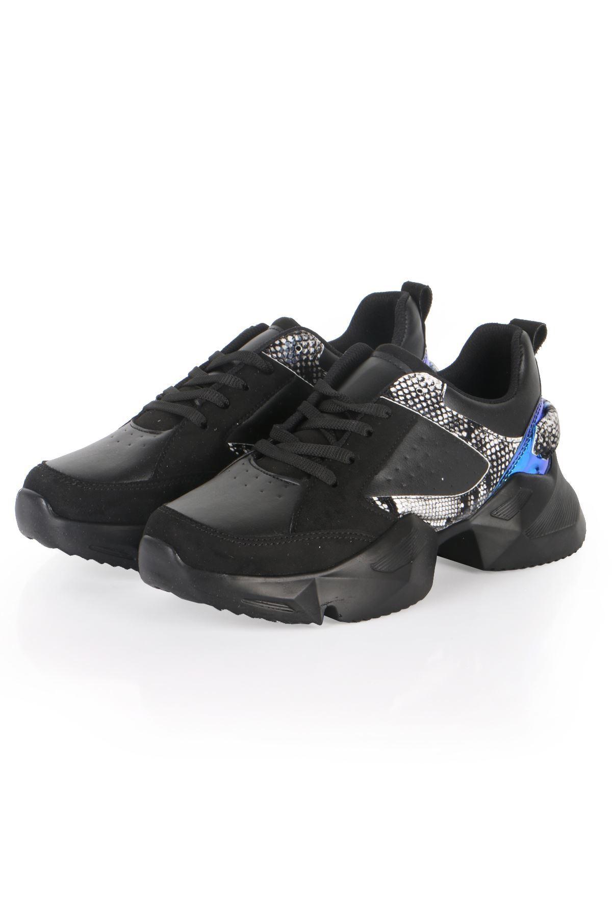 Siyah Uzay Tabanlı Spor Sneaker