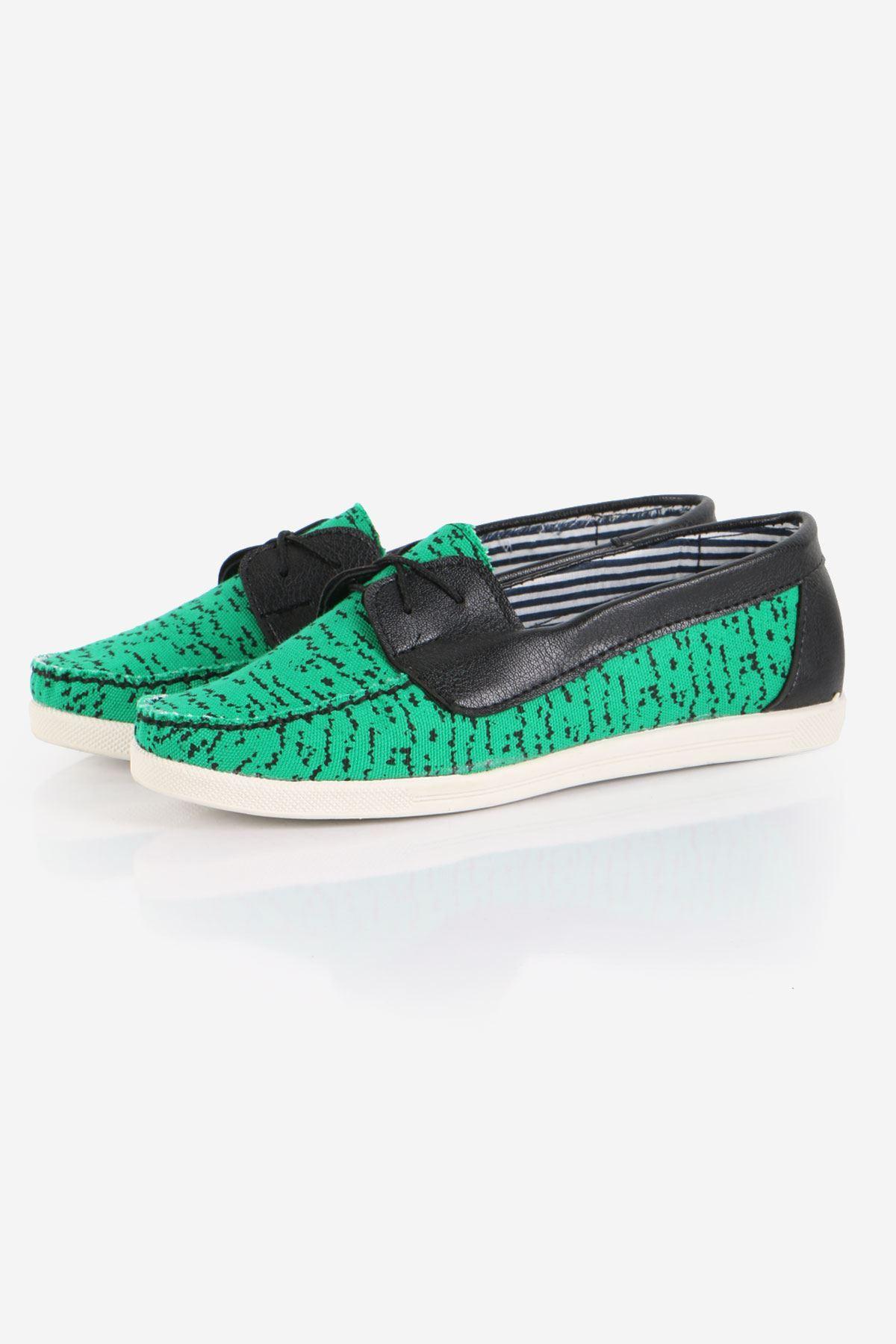 Yeşil Bağcıklı Bayan Ayakkabı