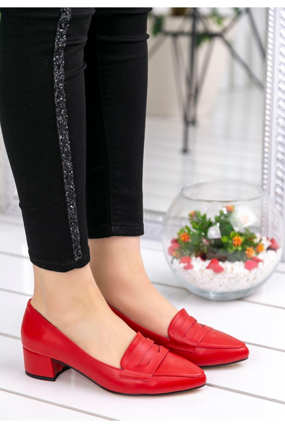 Reyna Kırmızı Cilt Topuklu Ayakkabı