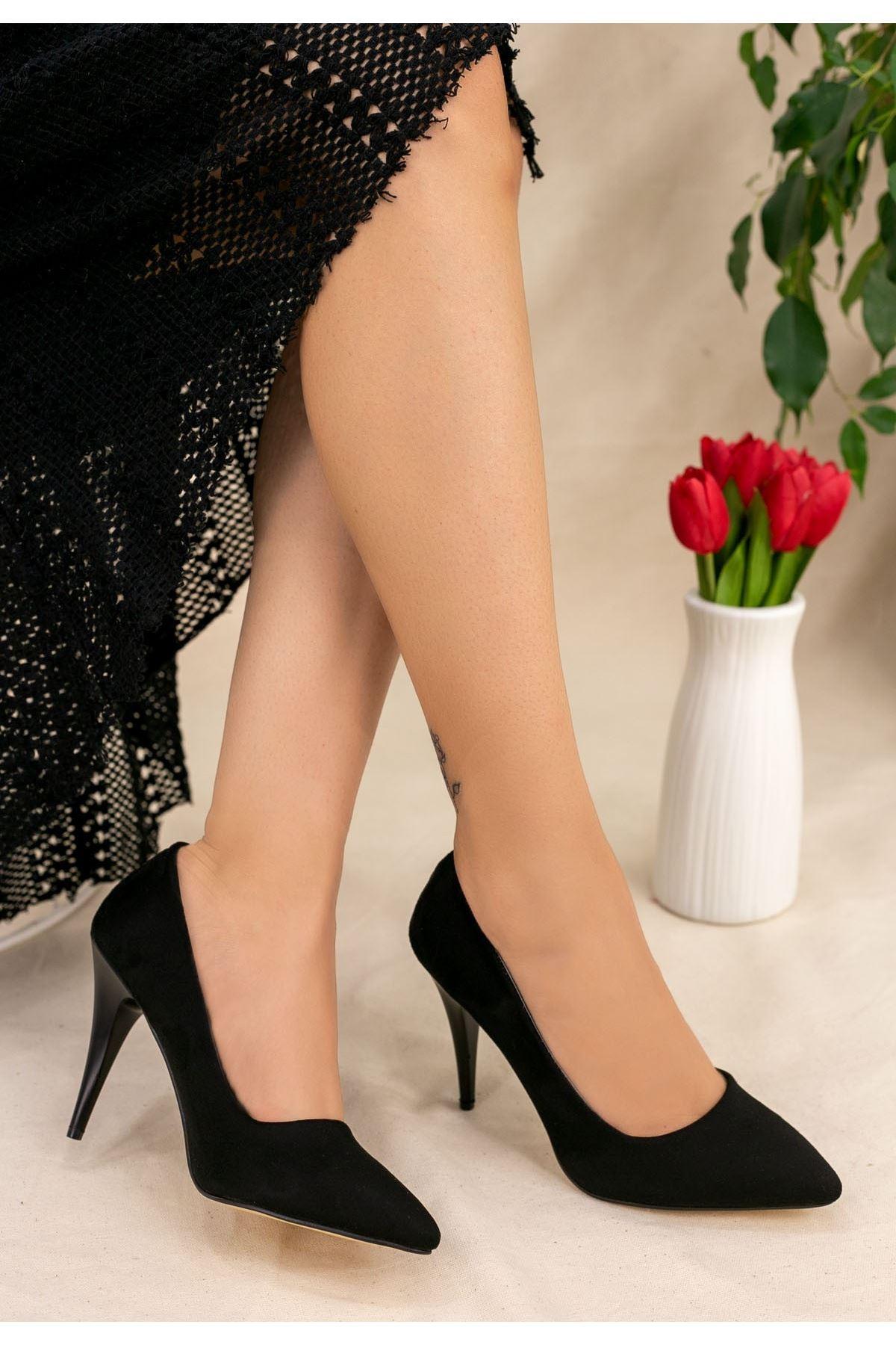 Revaxi Siyah Süet Stiletto Ayakkabı