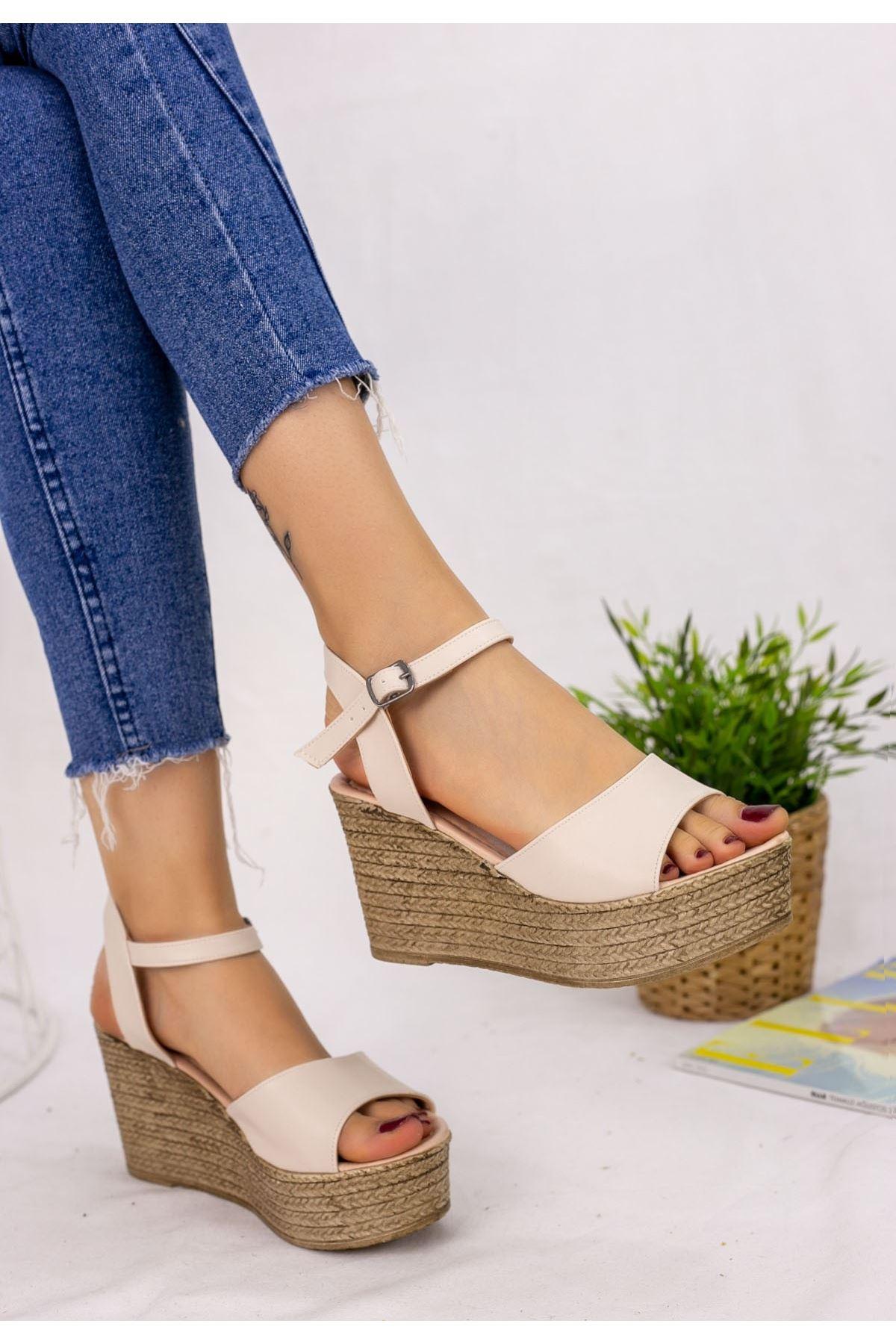 Olivie Krem Cilt Dolgu Topuk Sandalet
