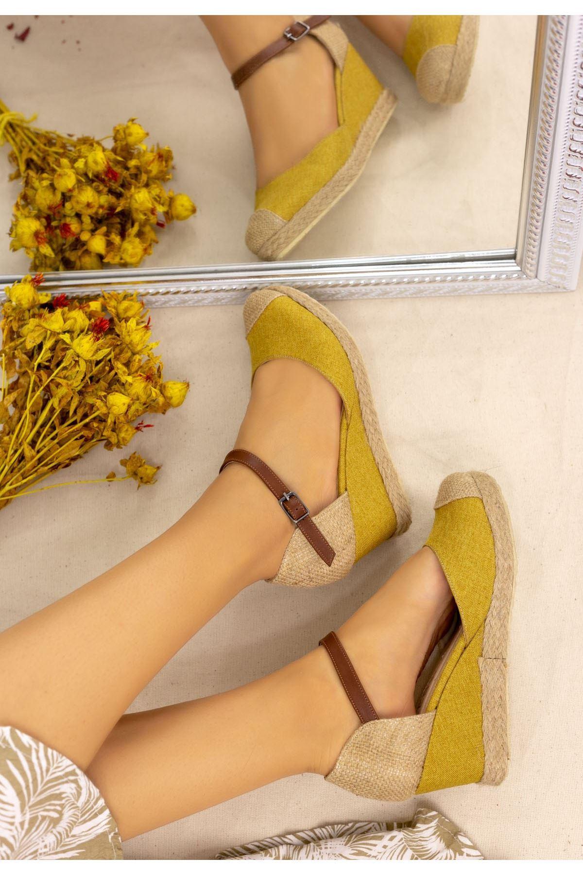 Neyma Hardal Keten Dolgu Topuk Sandalet