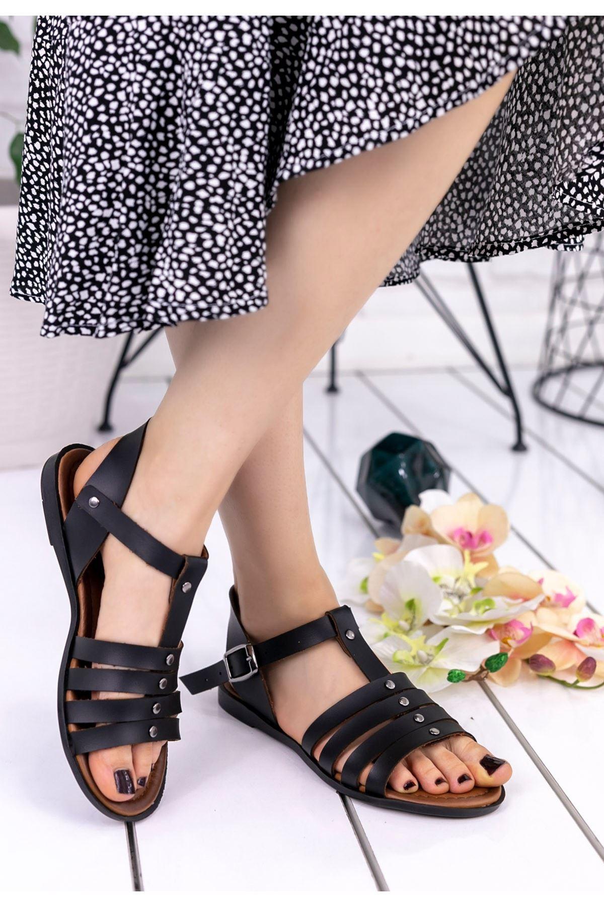 Wanda Siyah Cilt Sandalet