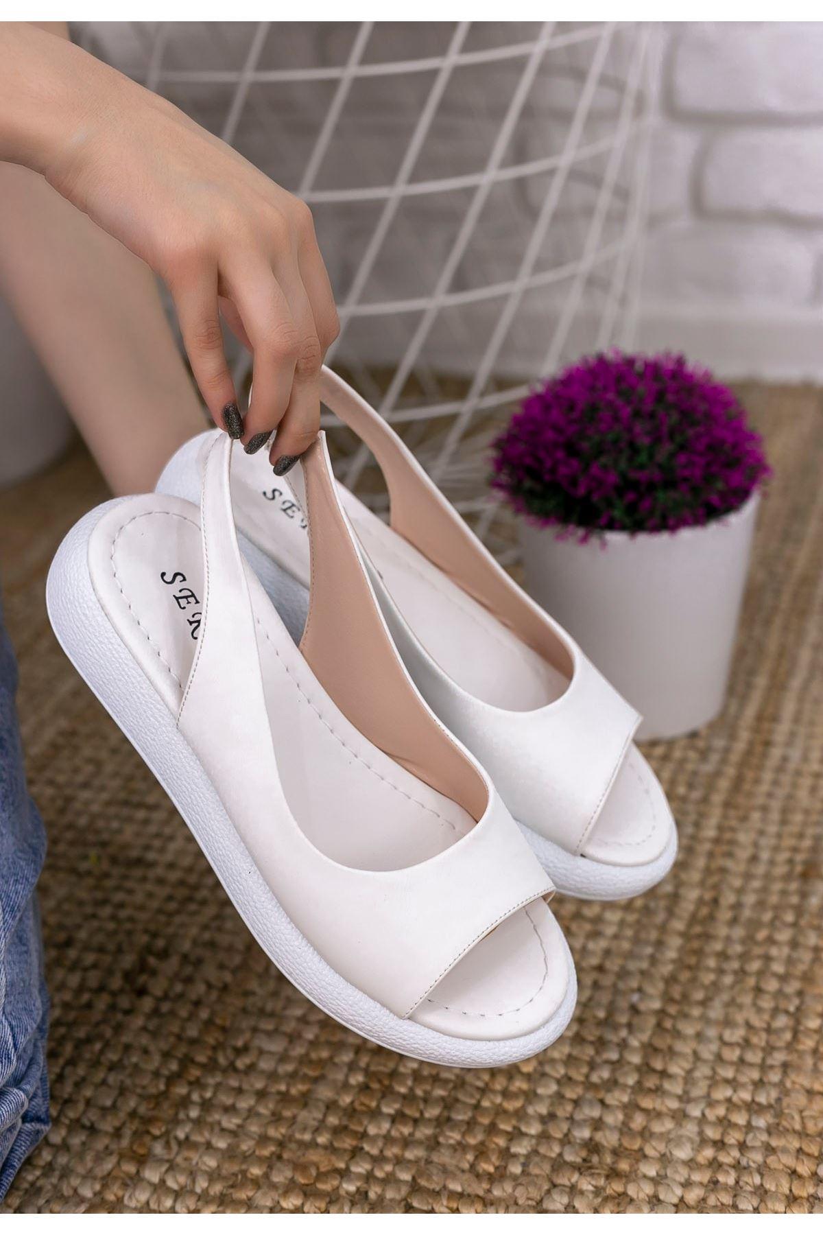 Babt Beyaz Cilt Sandalet