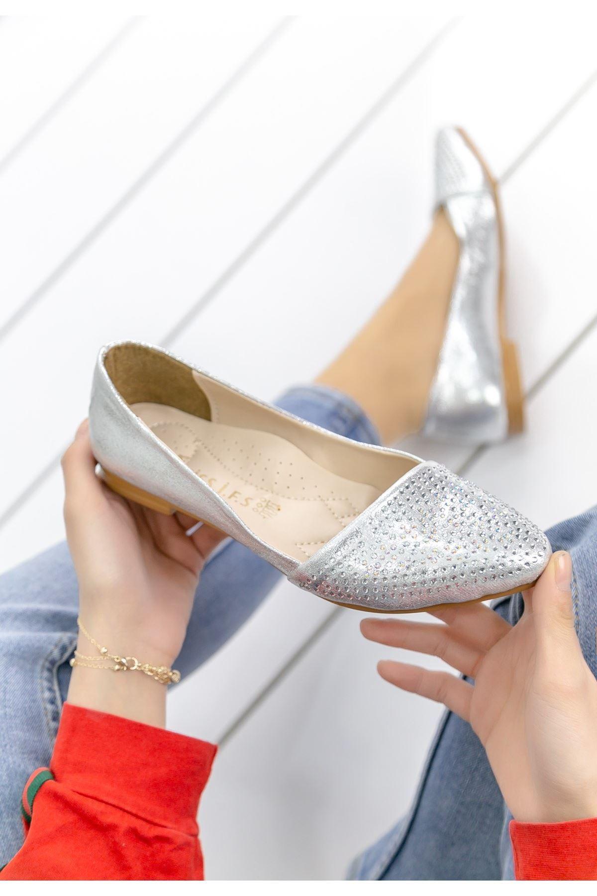 Diletta Gümüş Cilt Babet Ayakkabı