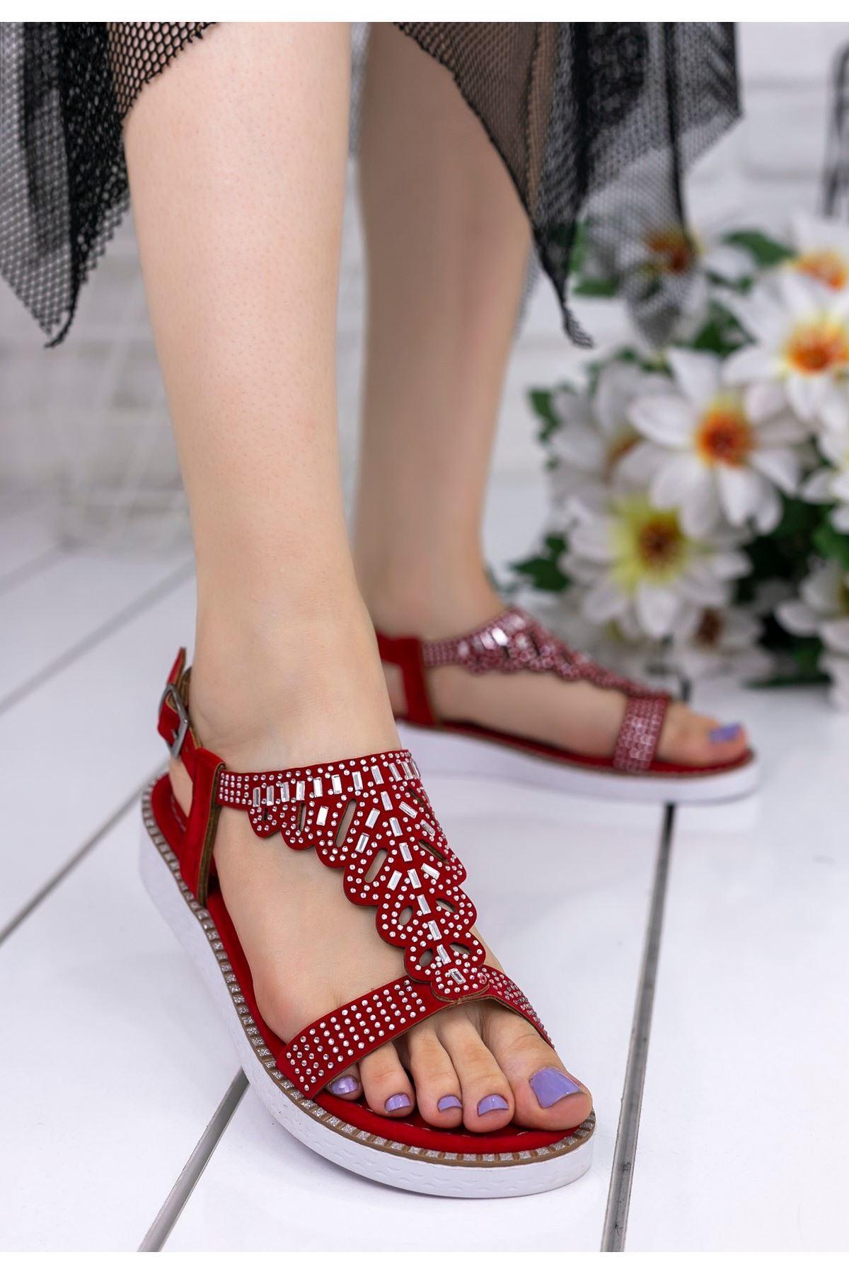 Shoe Kırmızı Süet Boncuklu Sandalet