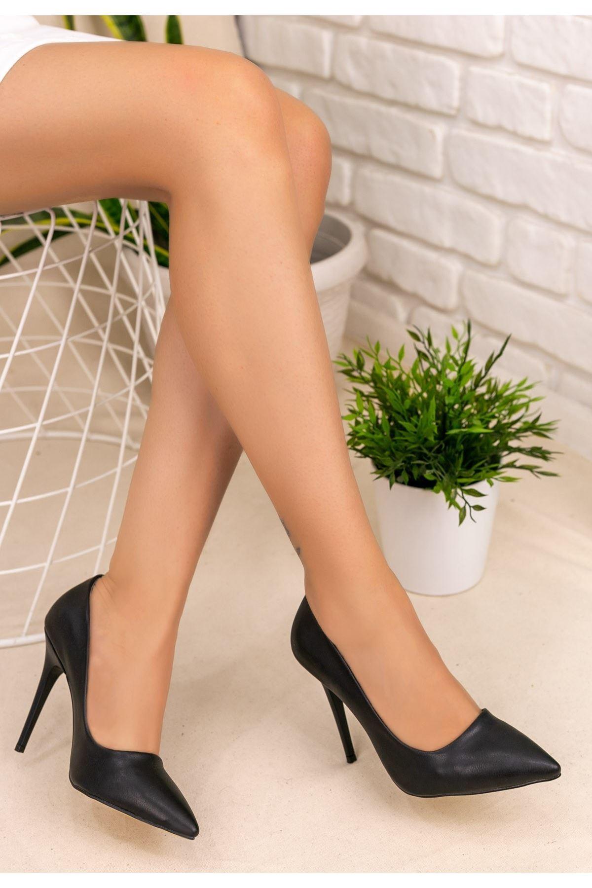 Muad Siyah Cilt Stiletto Ayakkabı