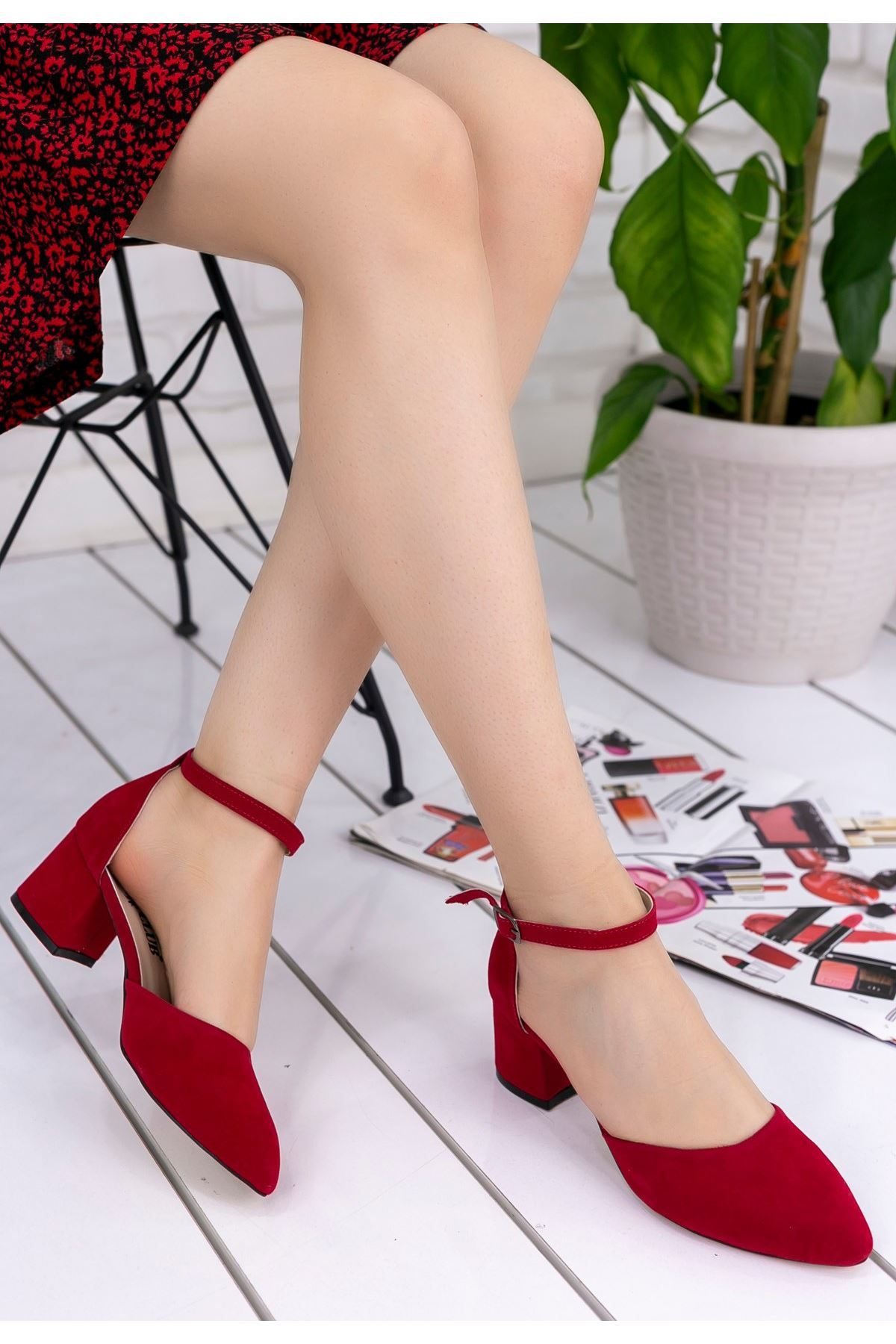 Aron Kırmızı Süet Topuklu Ayakkabı