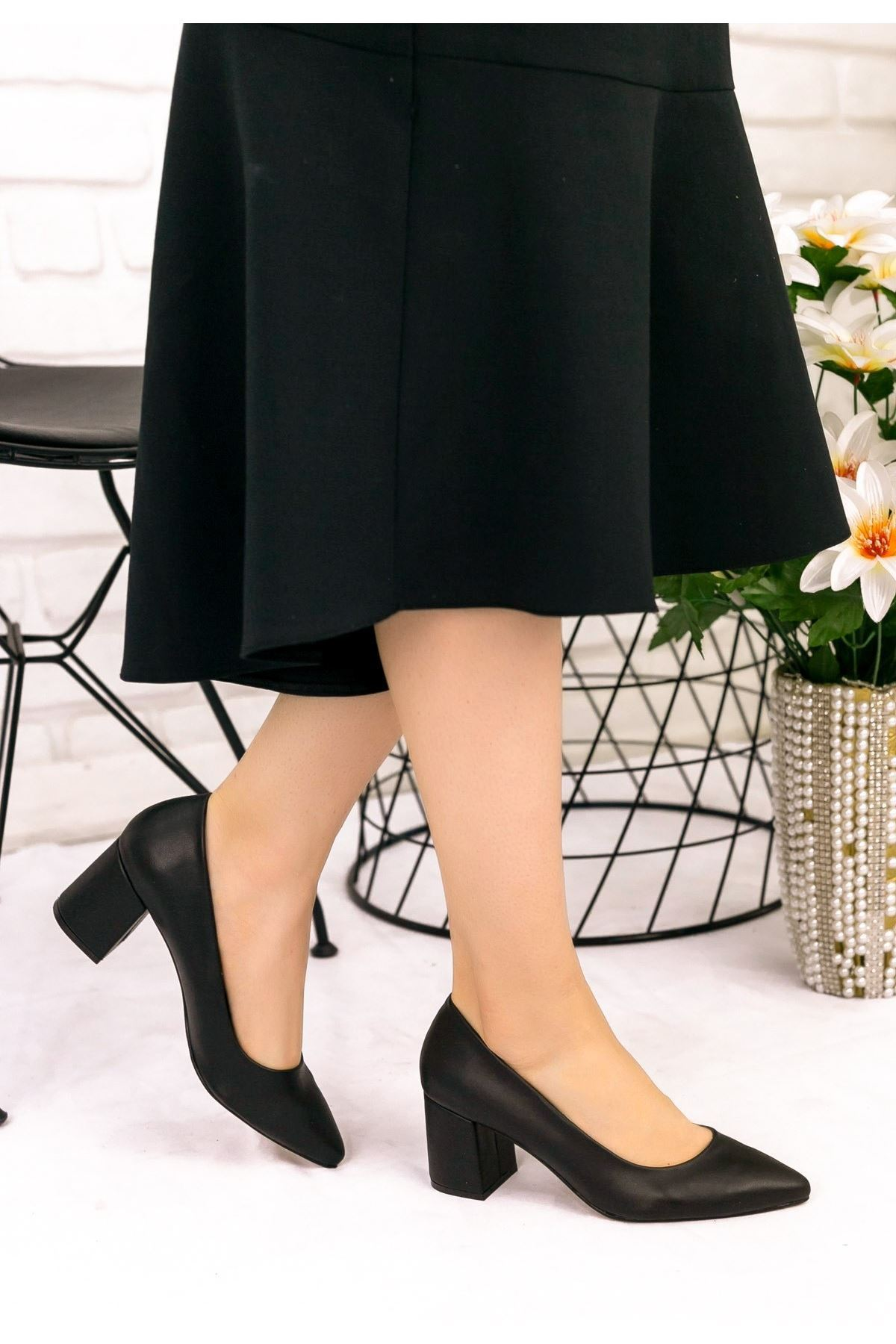 Blax Siyah Cilt Topuklu Ayakkabı