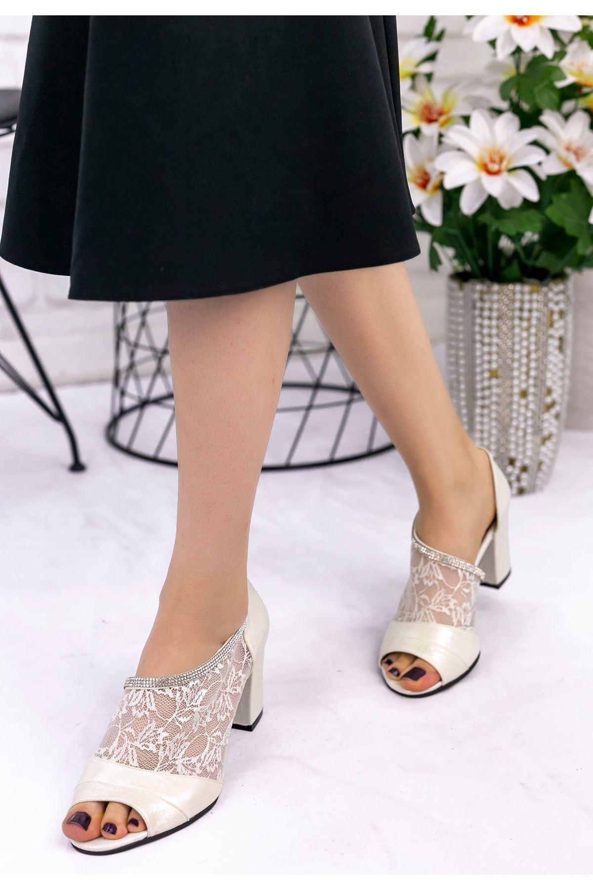 Cary Beyaz Cilt Topuklu Ayakkabı