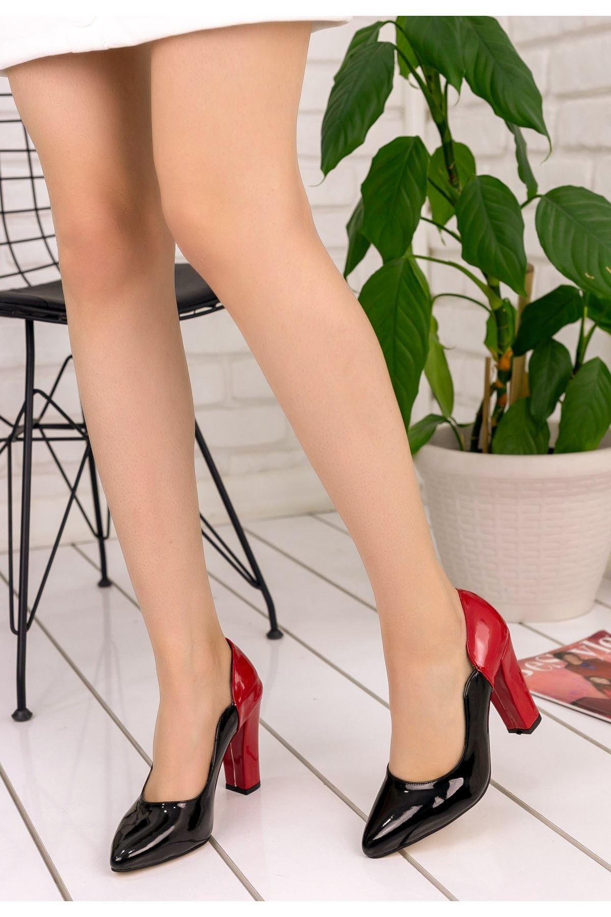 İlene Siyah Rugan Kırmızı Topuklu Ayakkabı