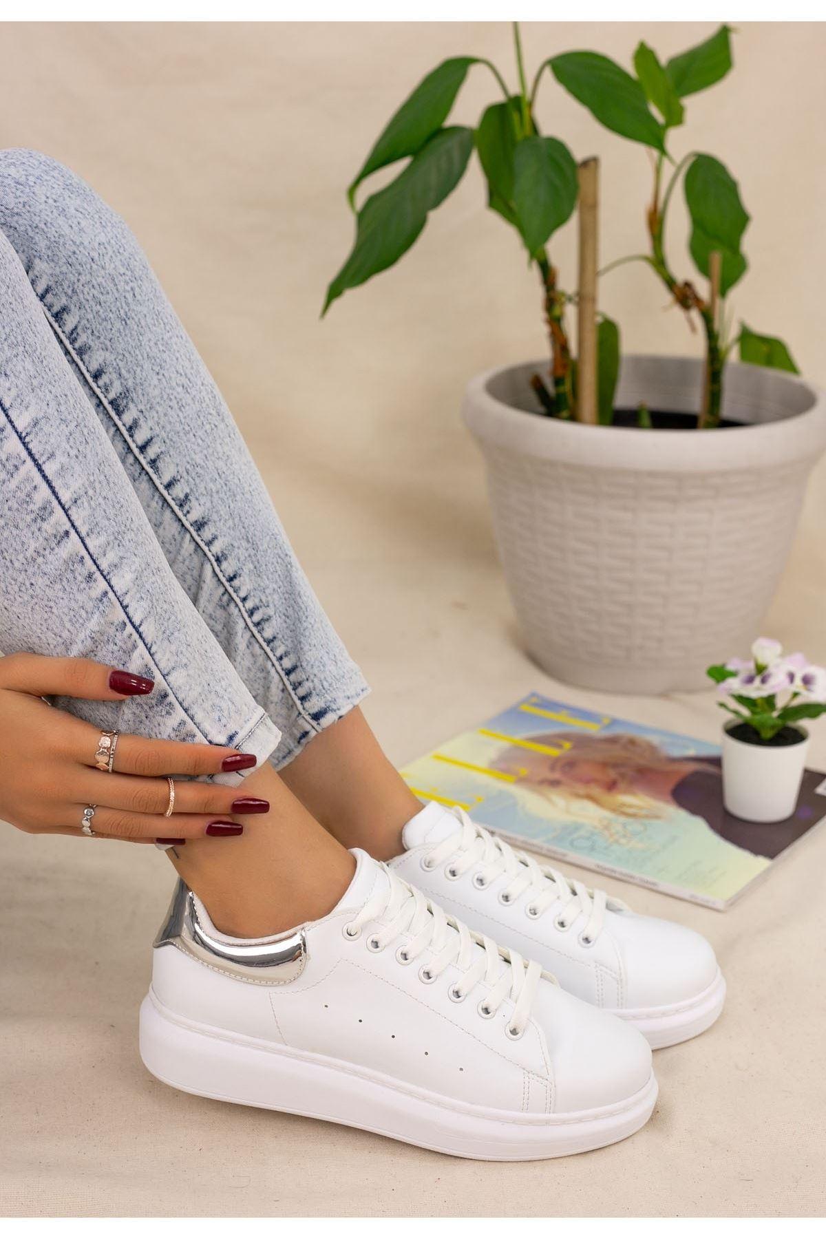 Neomix Beyaz Cilt Gümüş Hologram Detaylı Spor Ayakkabı