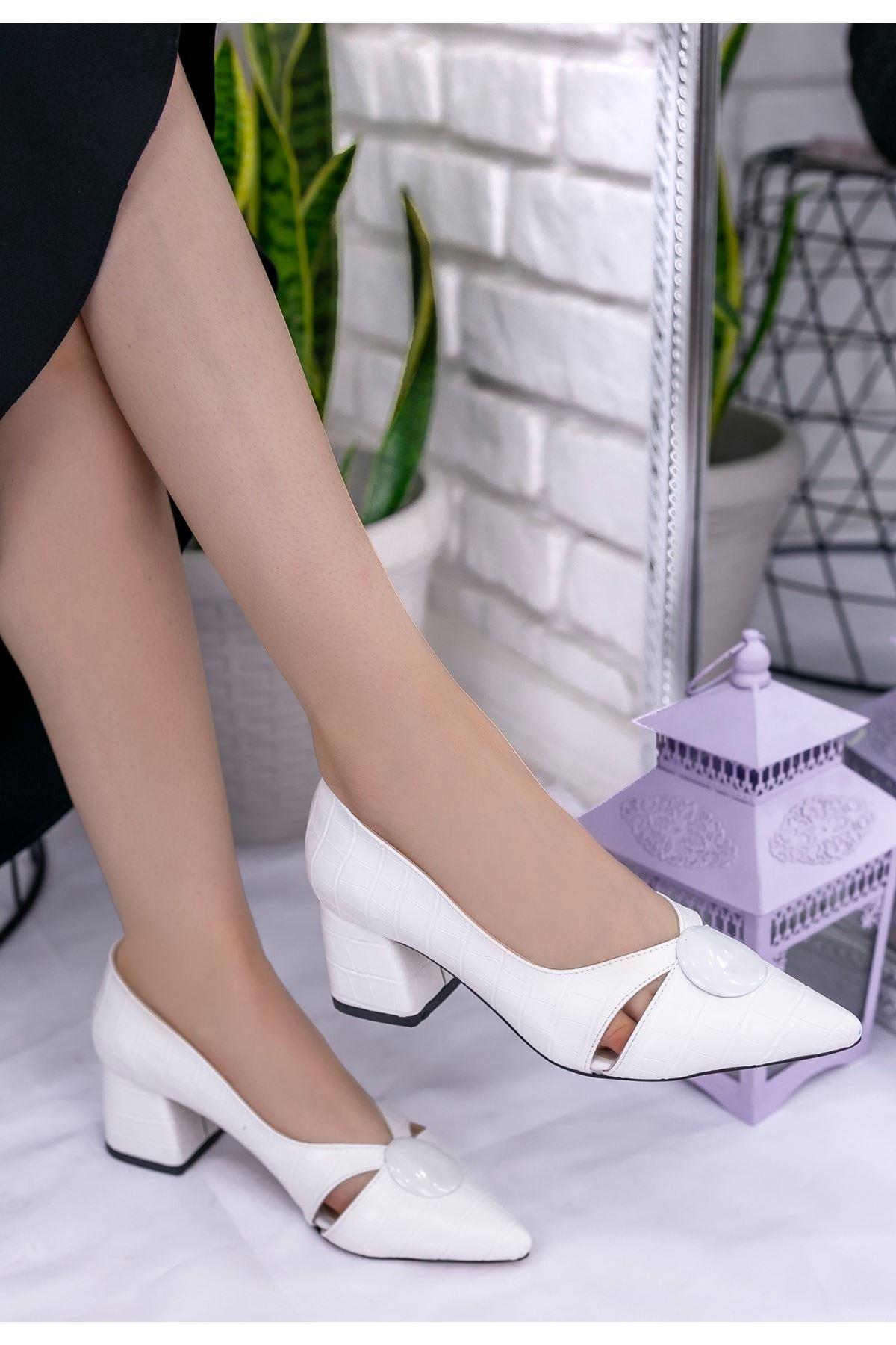 Melvi Beyaz Cilt Desenli Topuklu Ayakkabı