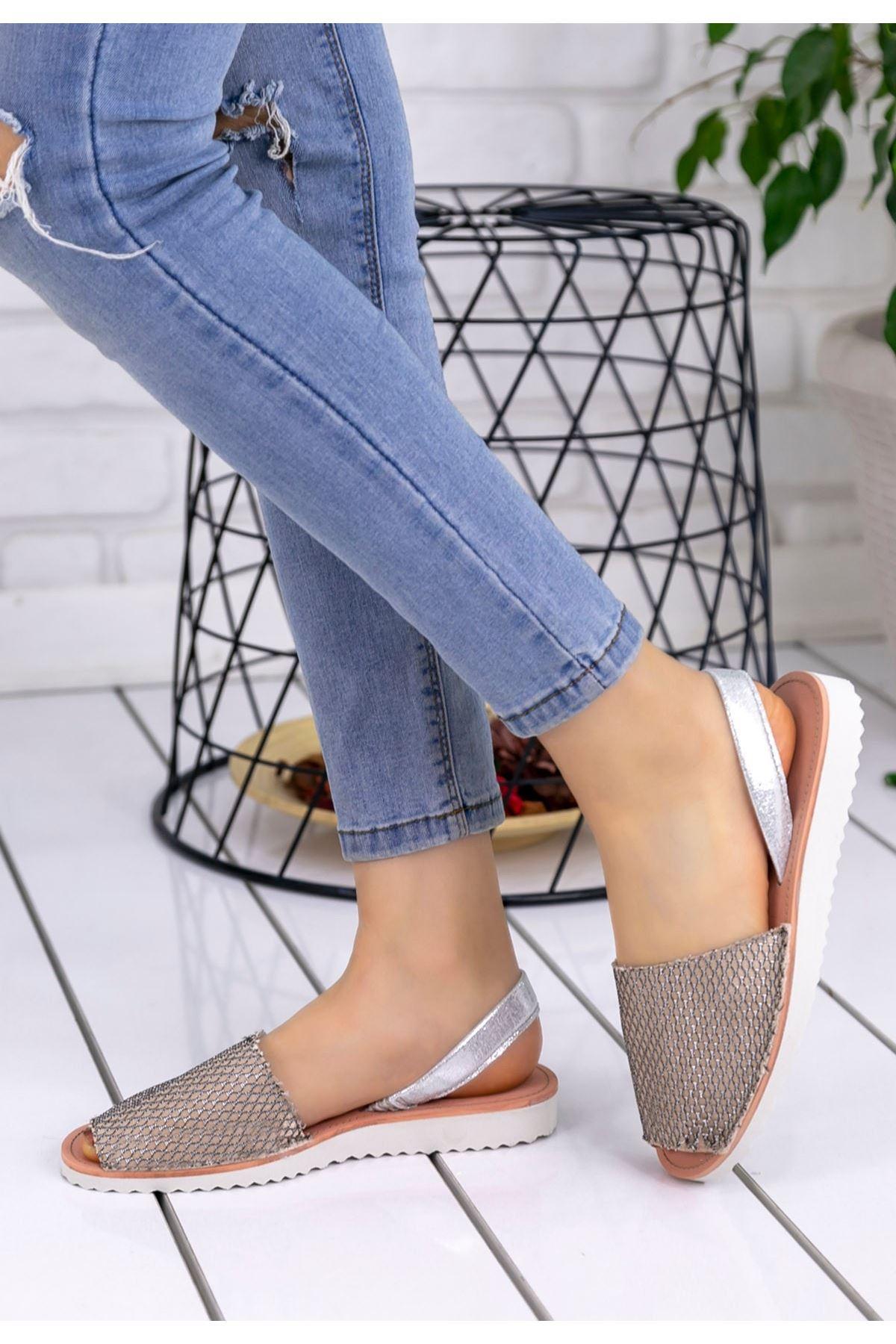 Samiye Vizon Cilt Desenli Sandalet