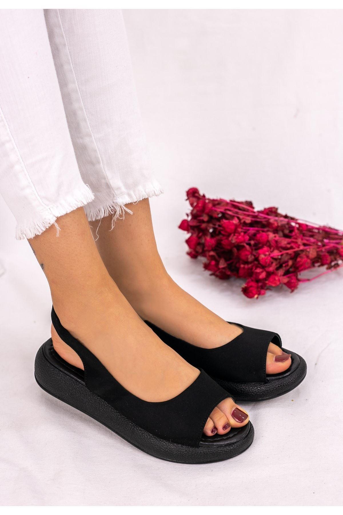 Babt Siyah Süet Sandalet