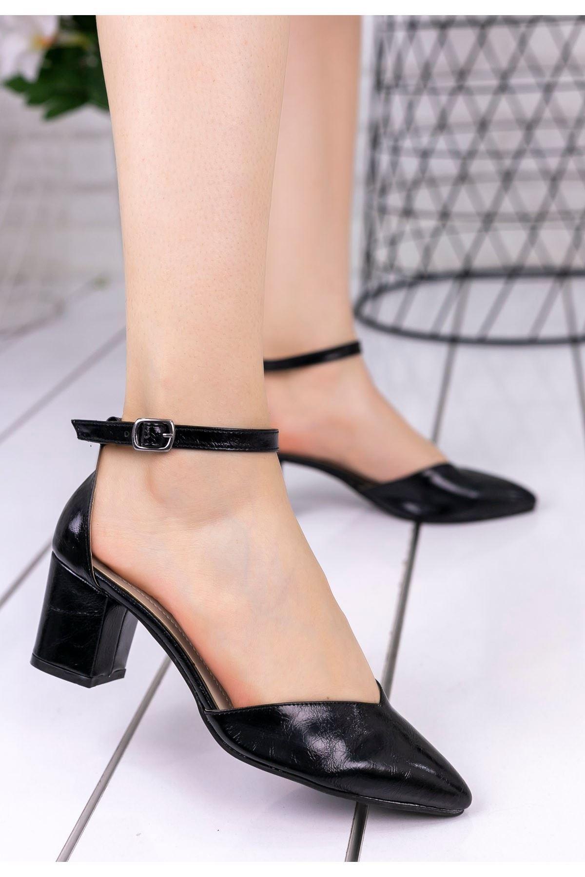 Irvın Siyah Rugan Topuklu Ayakkabı