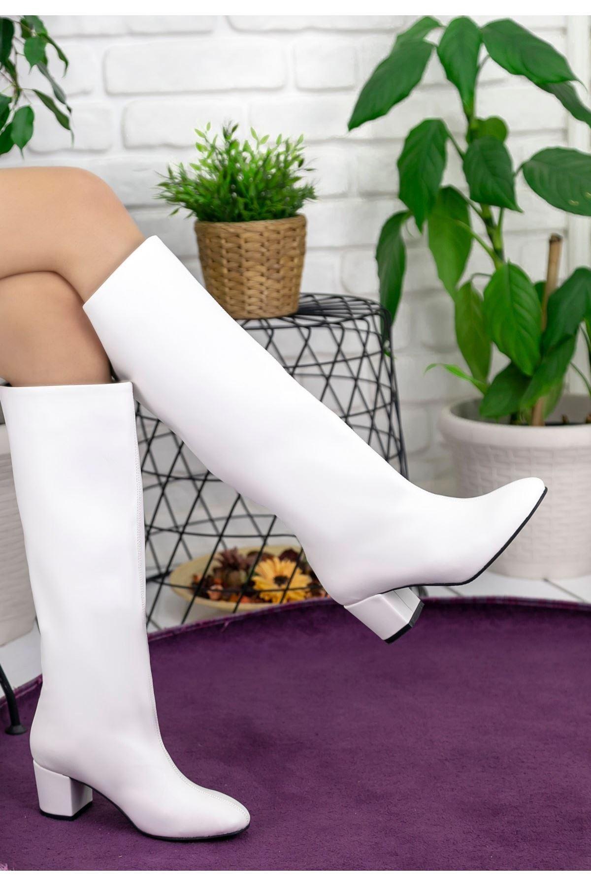 Tayaxi Beyaz Cilt Çizme