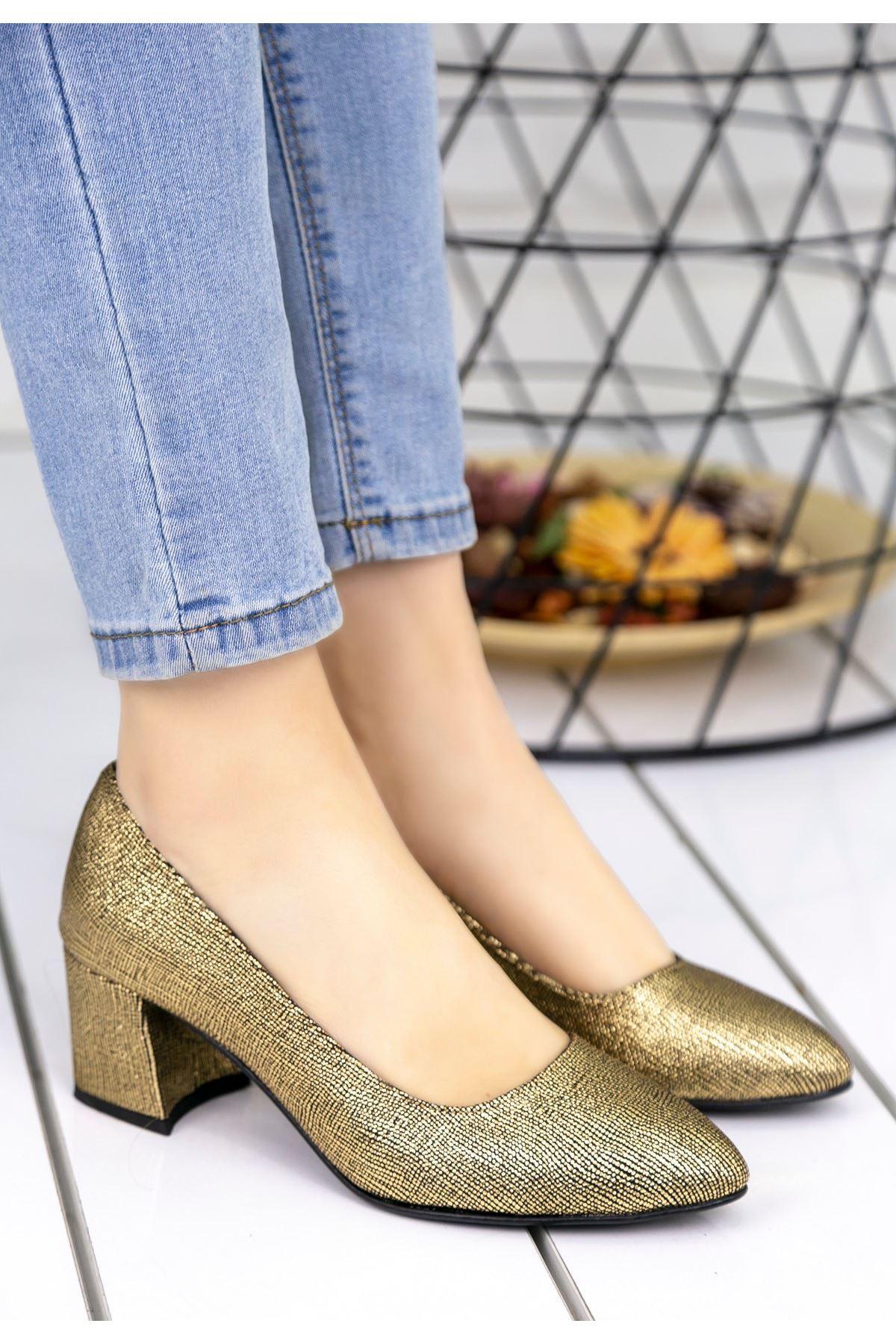 Sever Sarı Simli Topuklu Ayakkabı