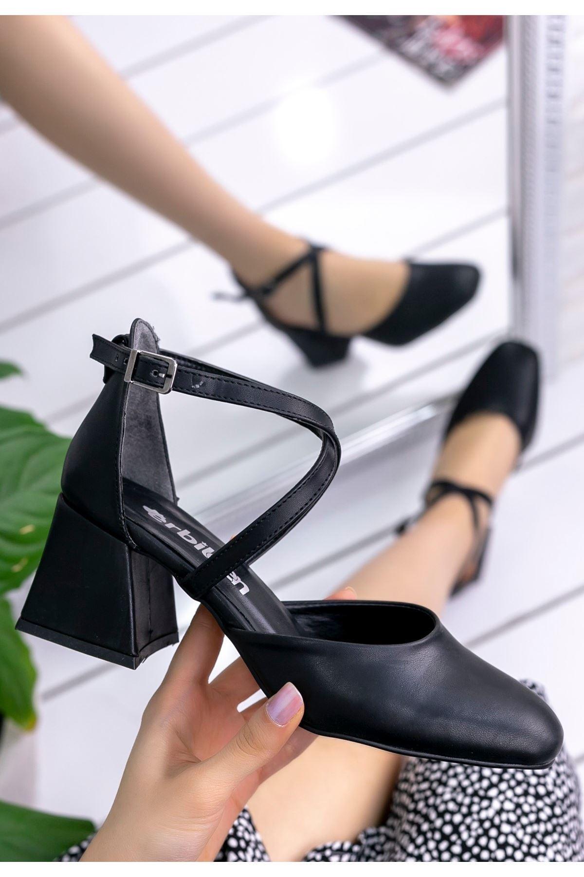 Londa Siyah Cilt Topuklu Ayakkabı