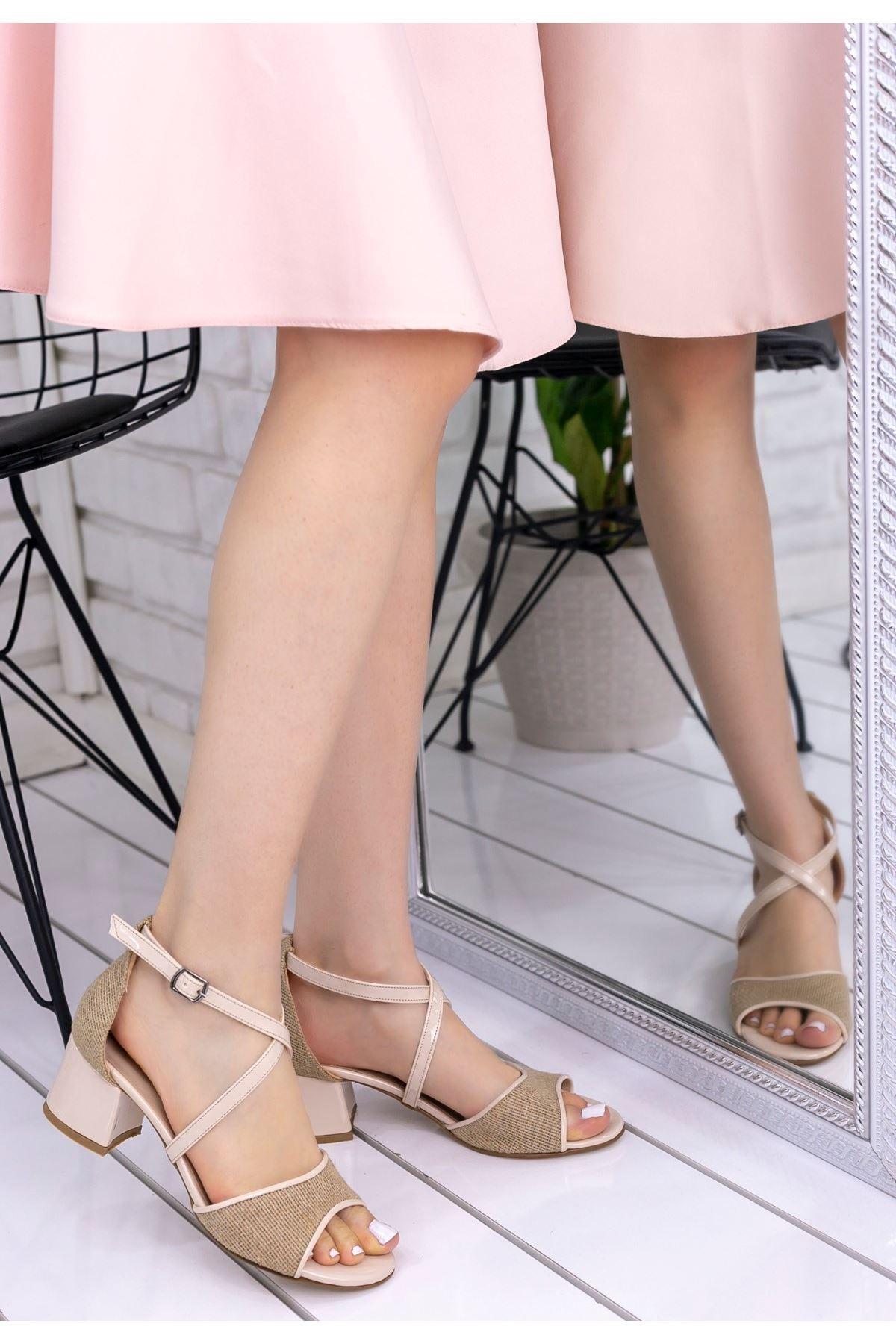 Sherry Krem Hasır Rugan  Detaylı Topuklu Ayakkabı