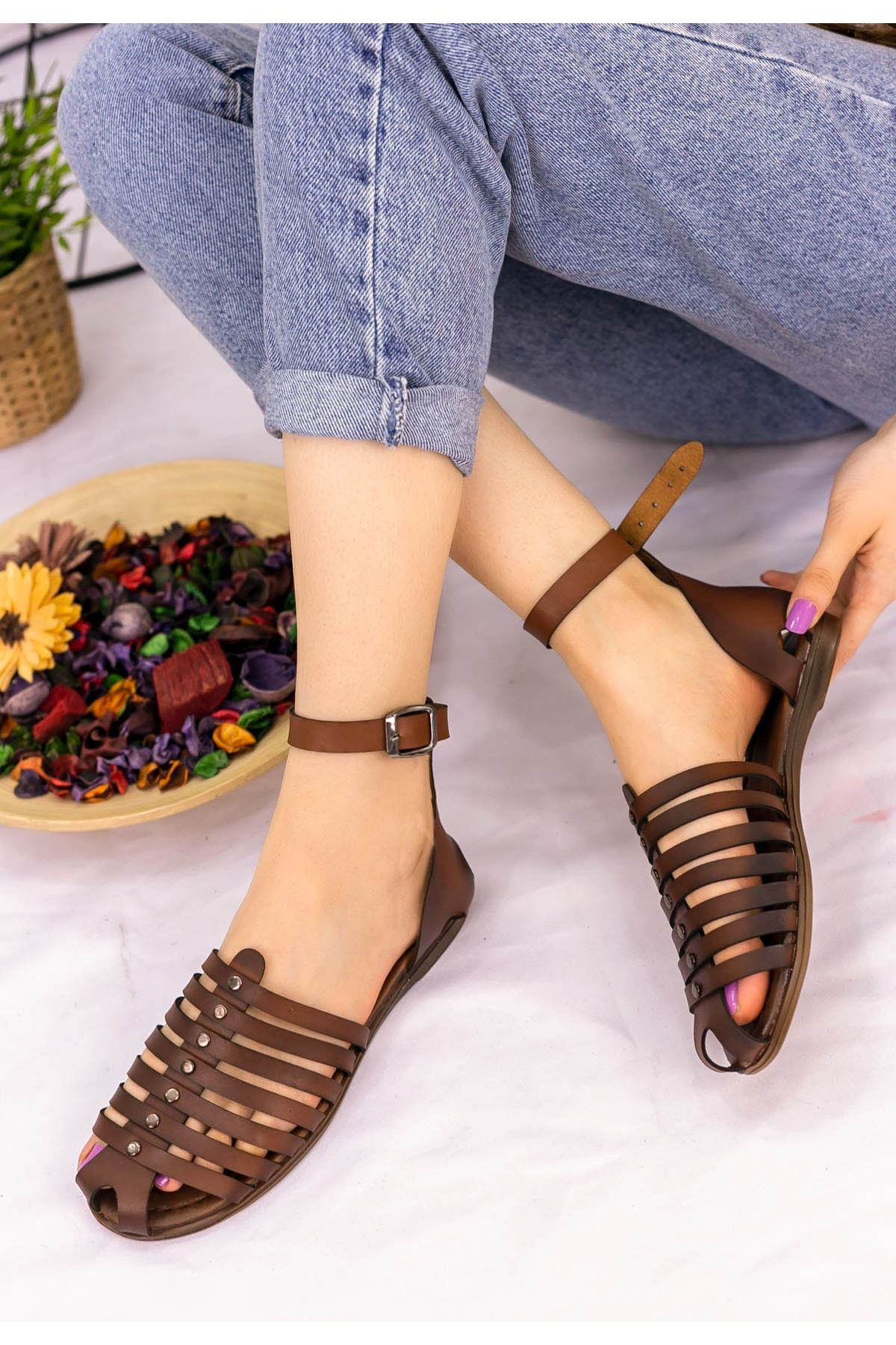 Kendra Taba Cilt Sandalet