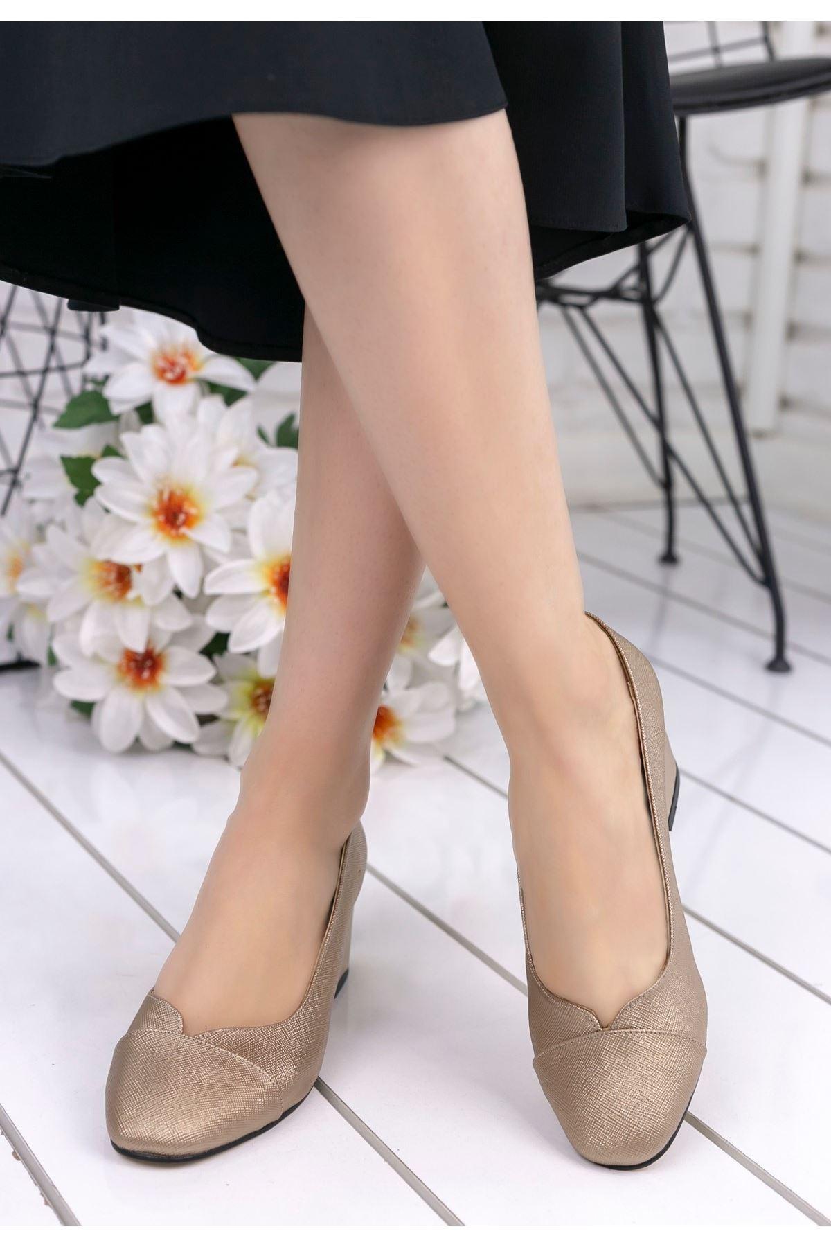 Goldie Gold Cilt Topuklu Ayakkabı
