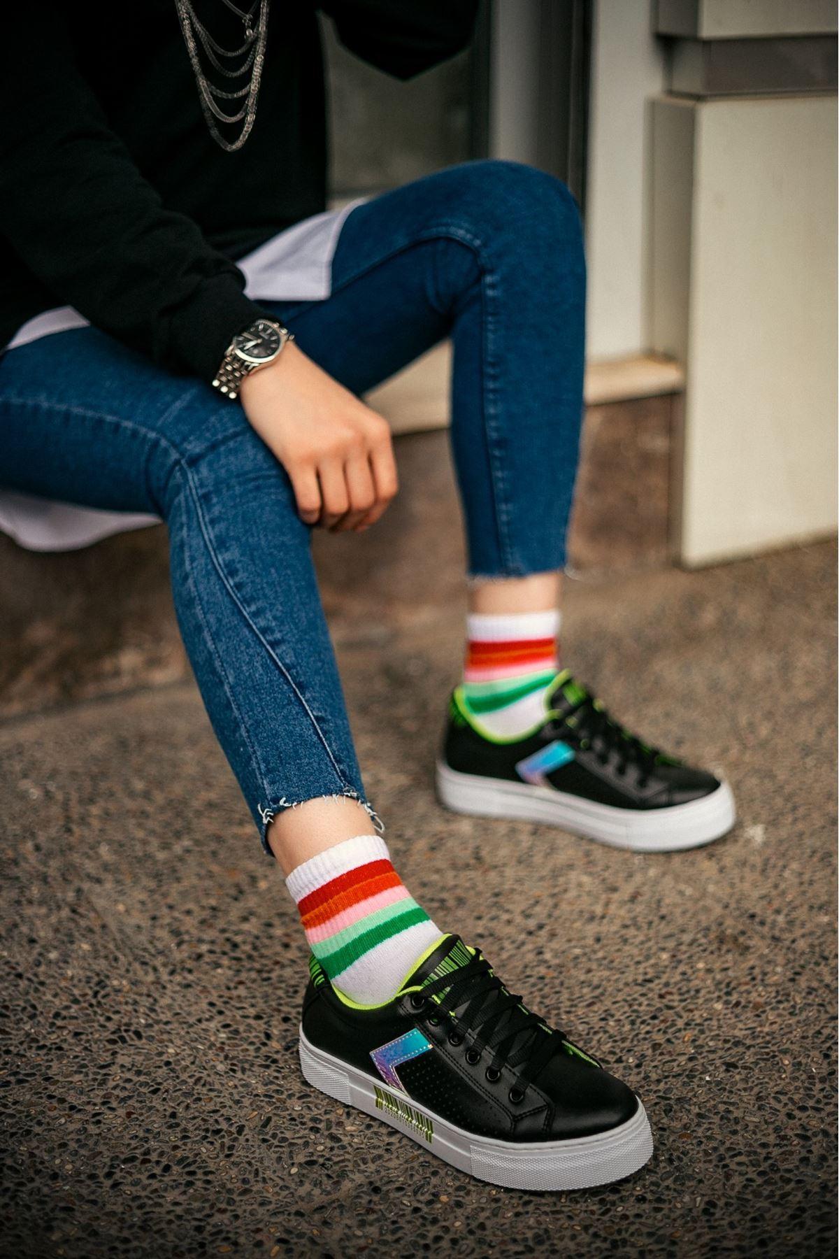 Senyt Siyah Cilt Yeşil Detaylı Spor Ayakkabı