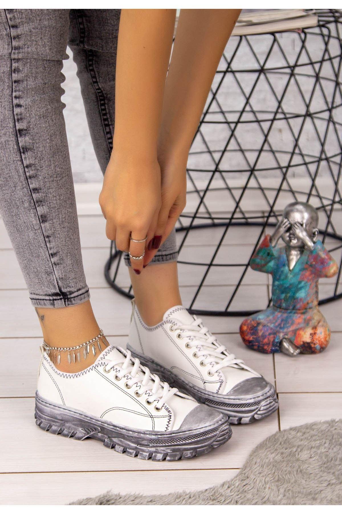 Janexi Beyaz Cilt Püskürtme Taban Spor Ayakkabı