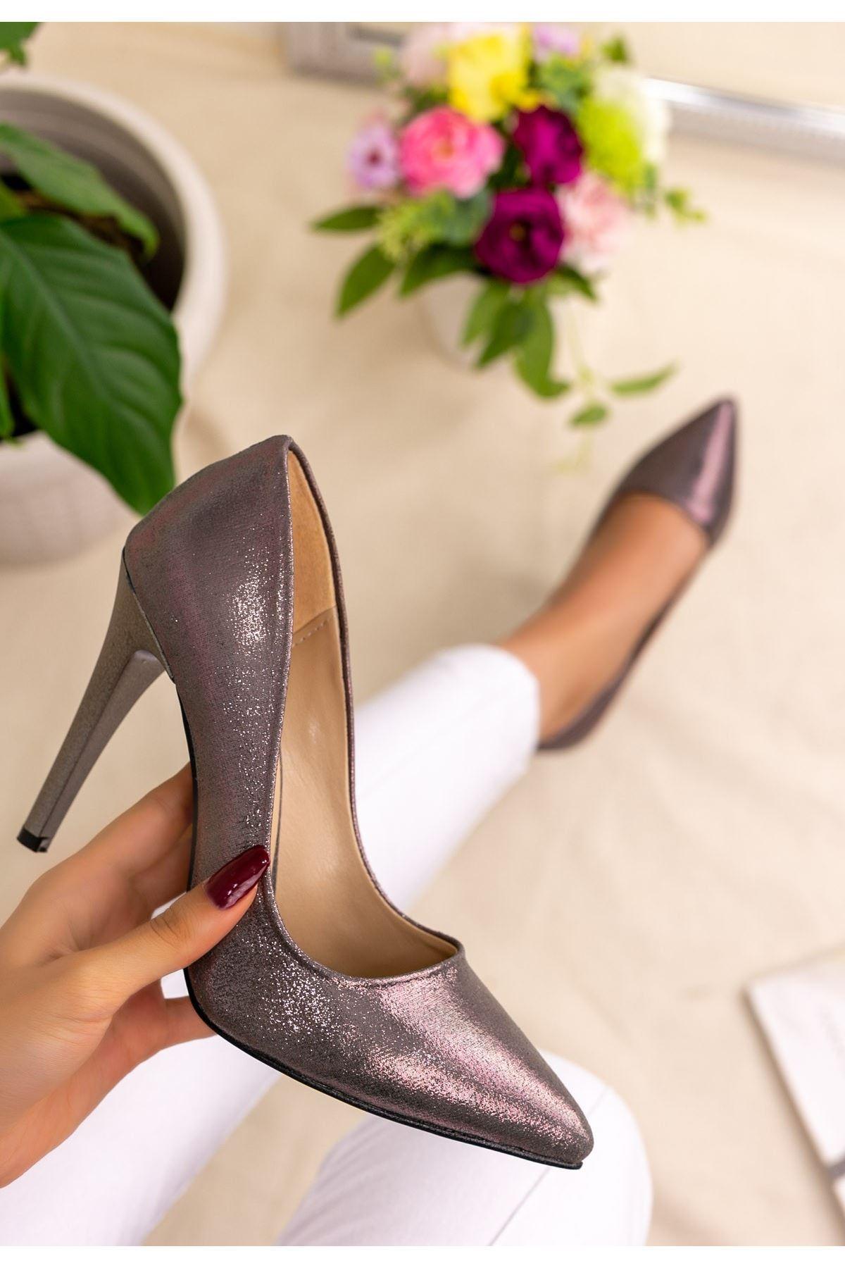 Taylox Platin Simli Stiletto Ayakkabı