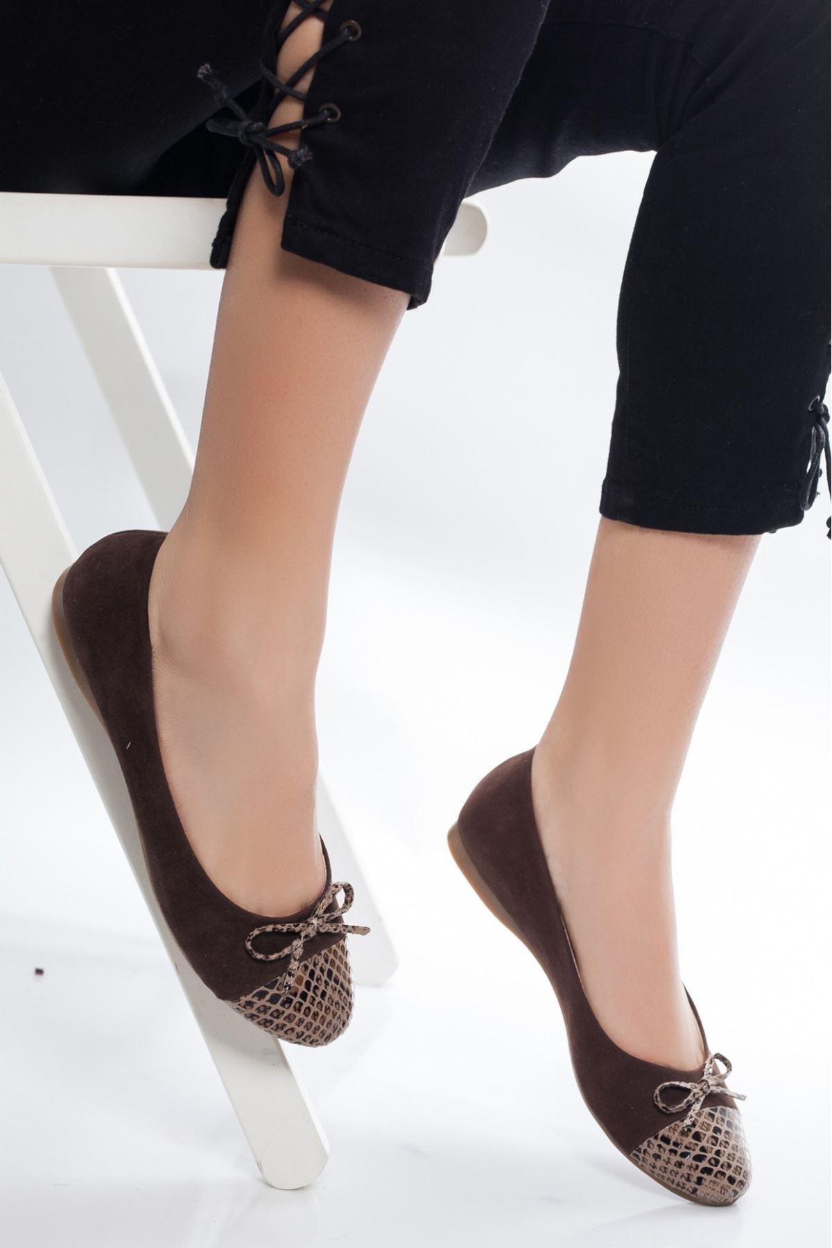 Lela Koyu Kahverengi Süet Babet Ayakkabı