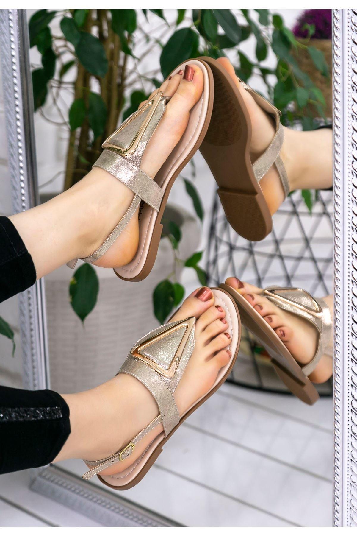 Samy Gold Cilt Parmak Arası Sandalet