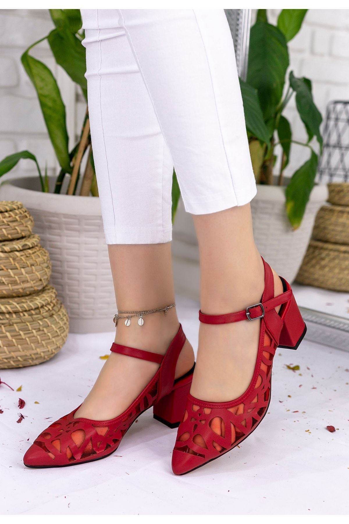 Zelene Kırmızı Cilt Topuklu Ayakkabı