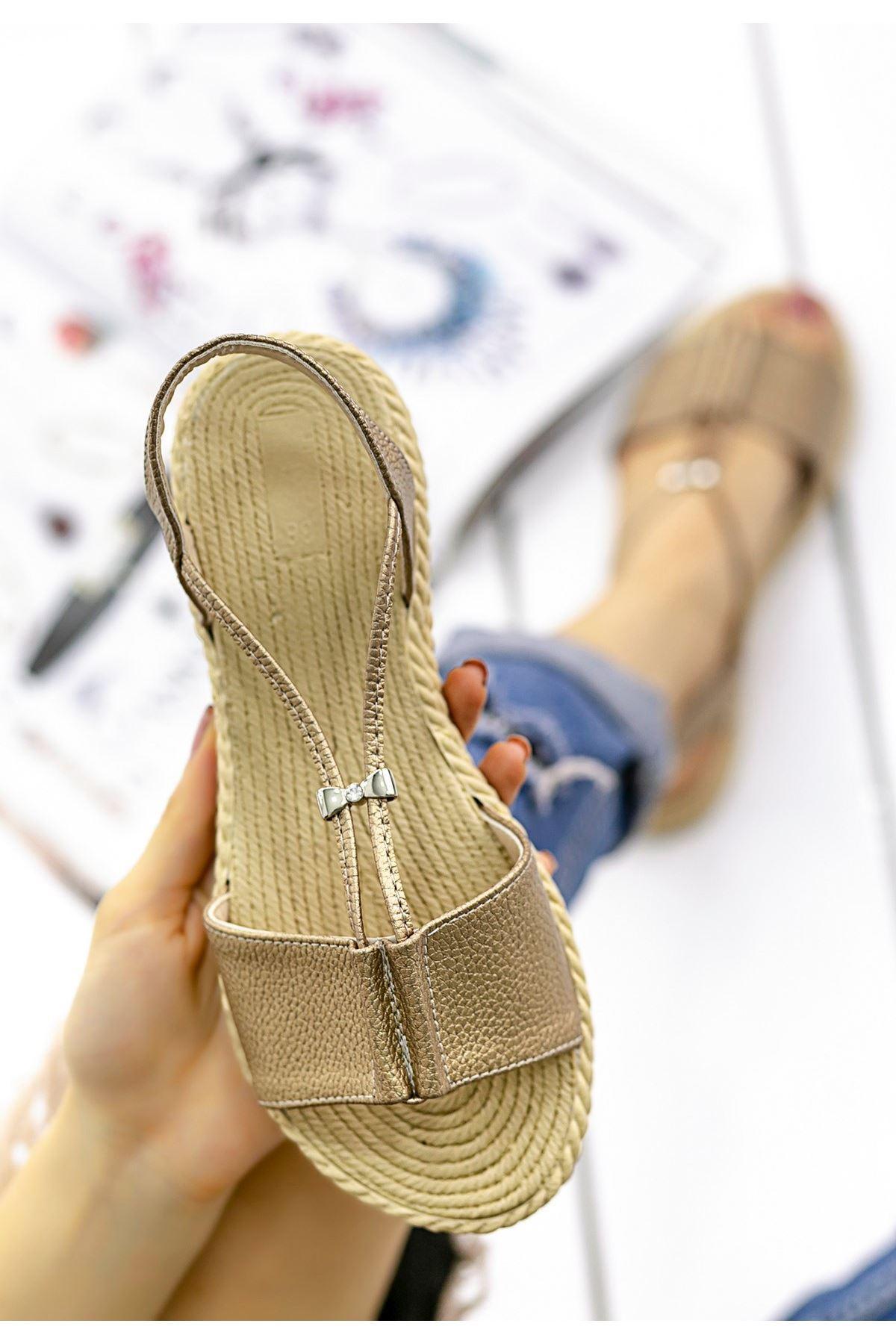 Emily Vizon Cilt Sandalet