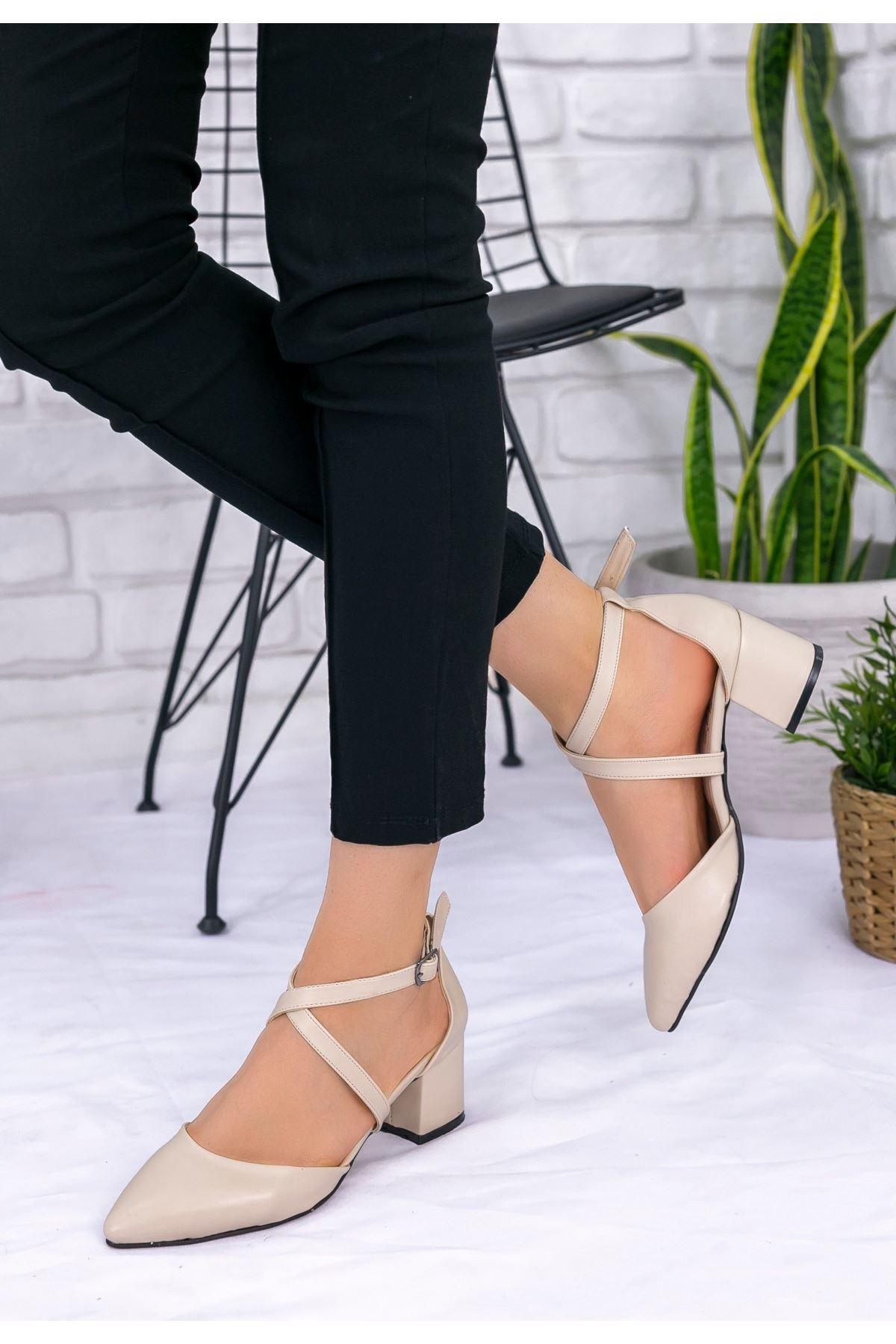 Keti Krem Cilt Topuklu Ayakkabı