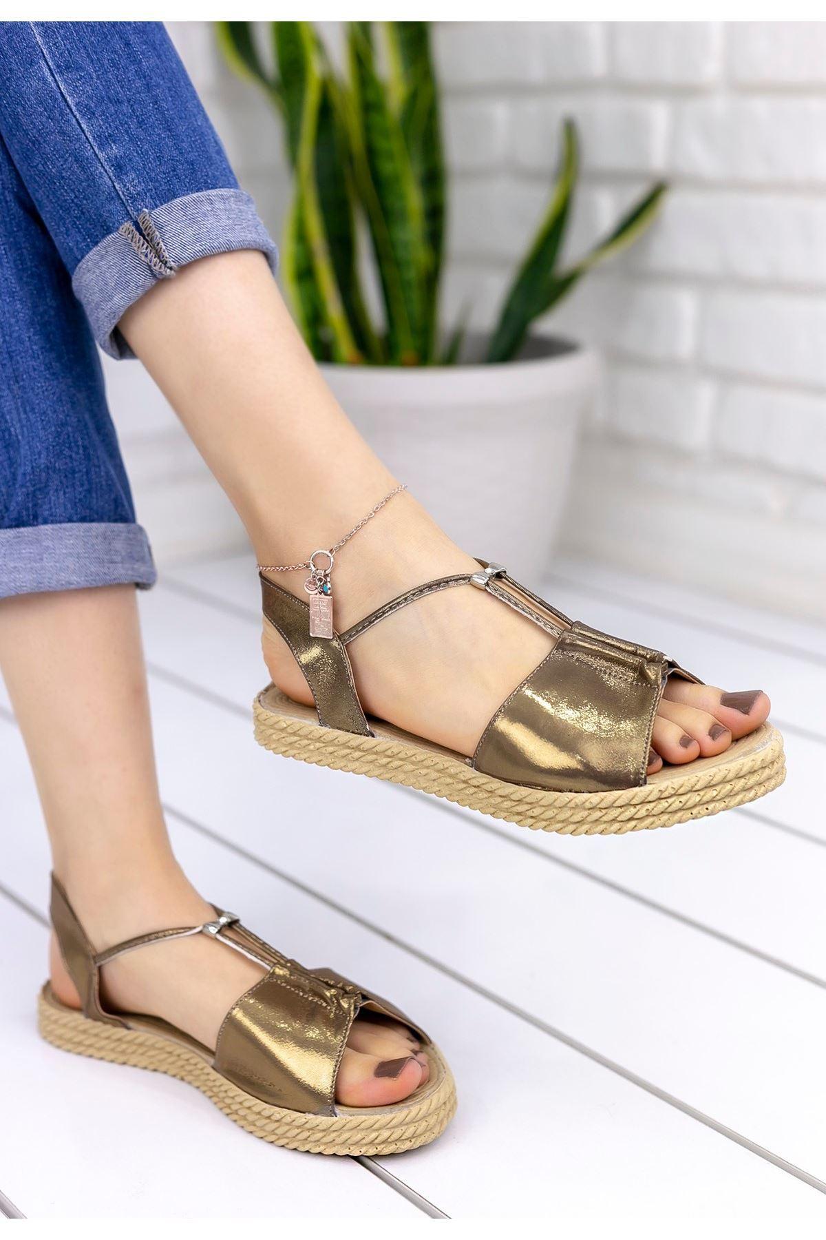 Emily Bakır Sandalet