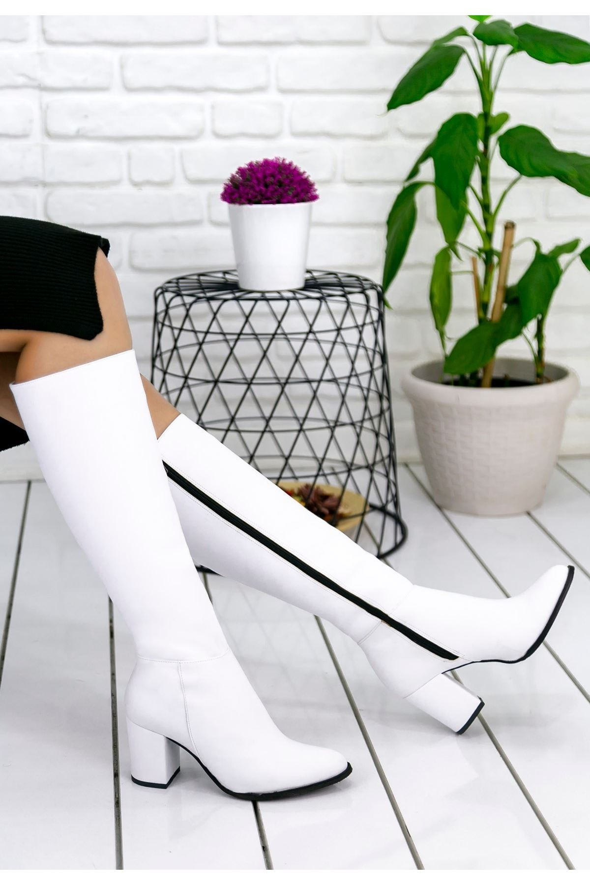 Morena Beyaz Cilt Çizme