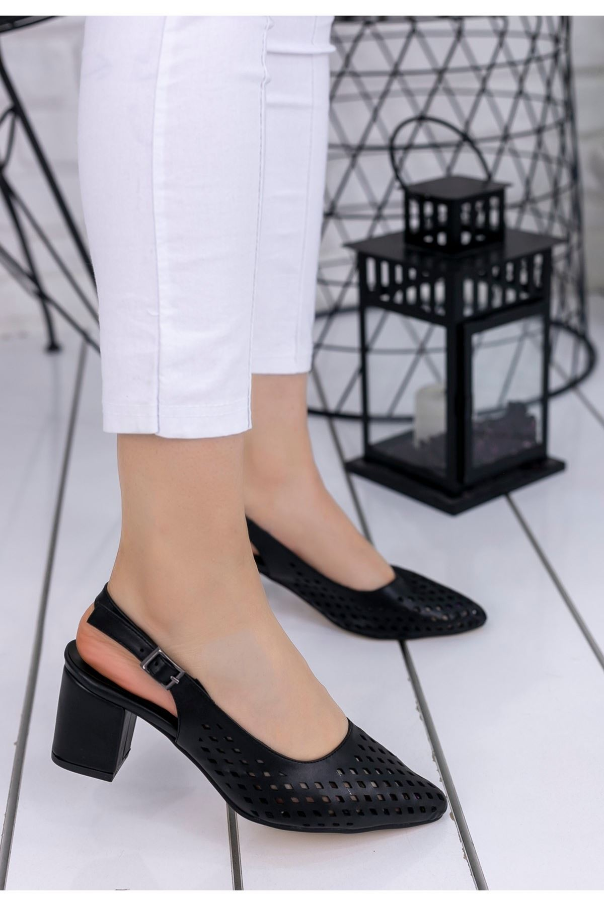 Zendi Siyah Cilt Fileli Topuklu Ayakkabı
