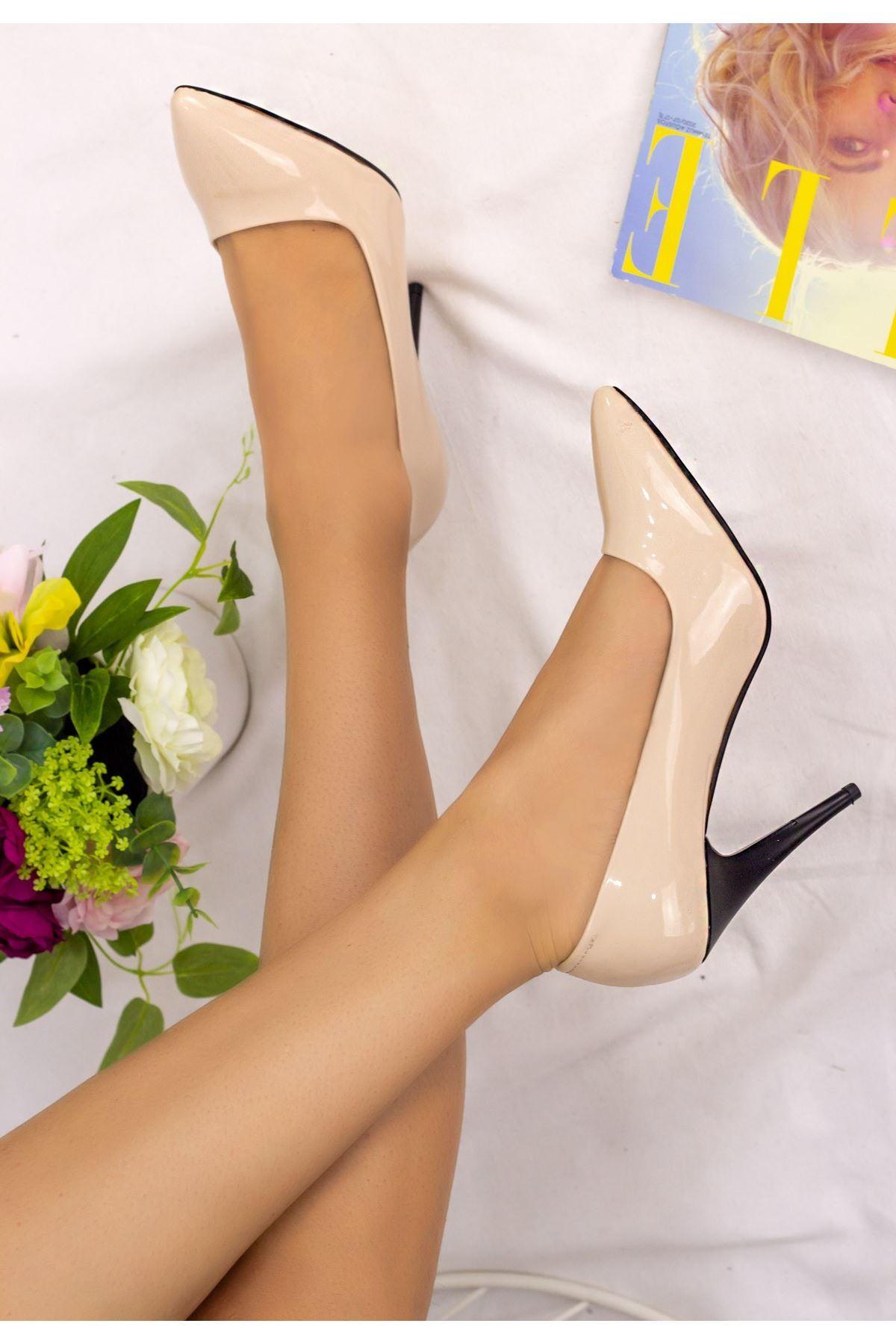 Revaxi Krem Rugan Stiletto Ayakkabı