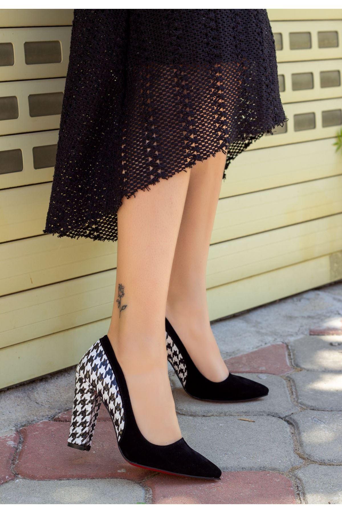 Vart Siyah Süet Kaz Ayağı Topuklu Ayakkabı