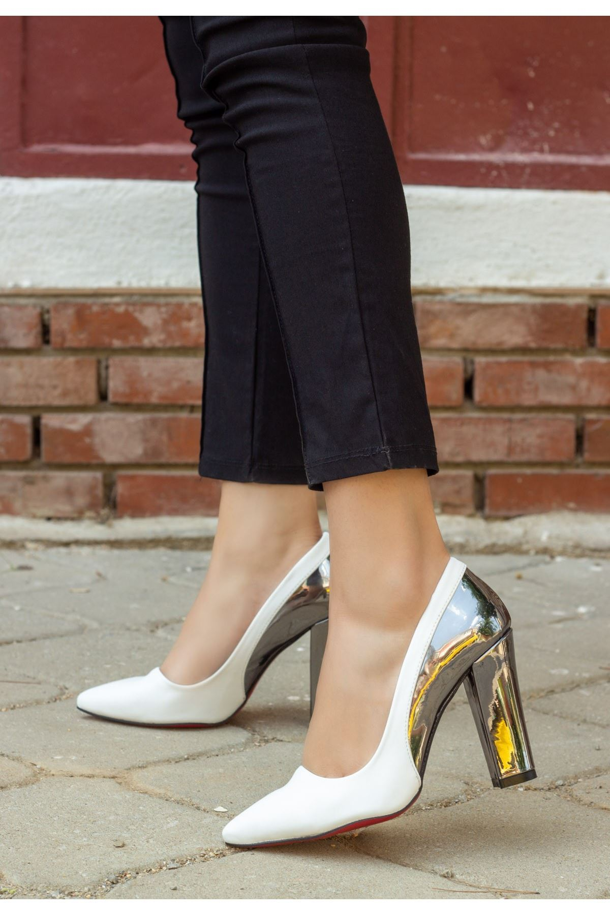 Vart Beyaz Cilt Ayna Topuklu Ayakkabı