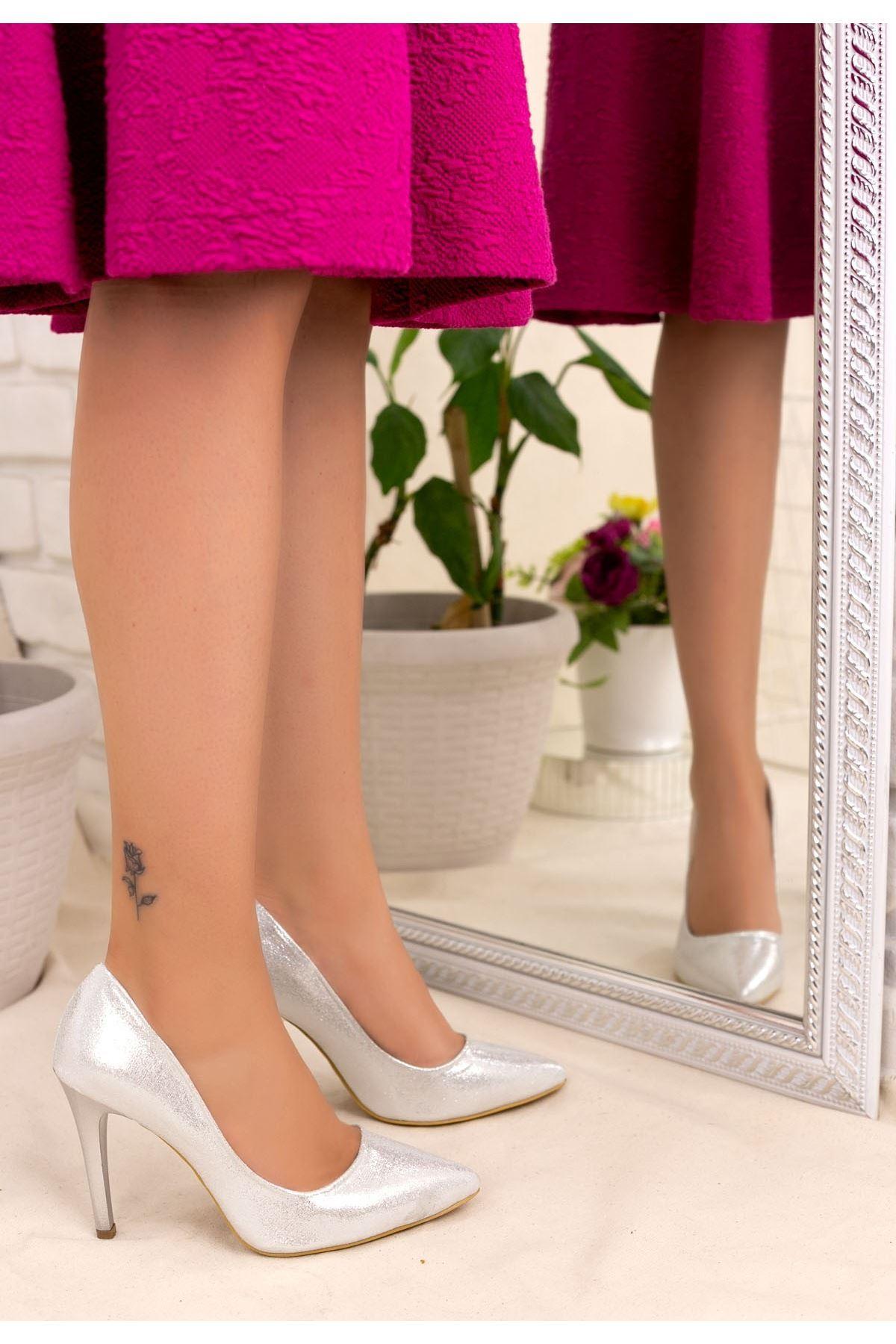 Taylox Gümüş Simli Stiletto Ayakkabı