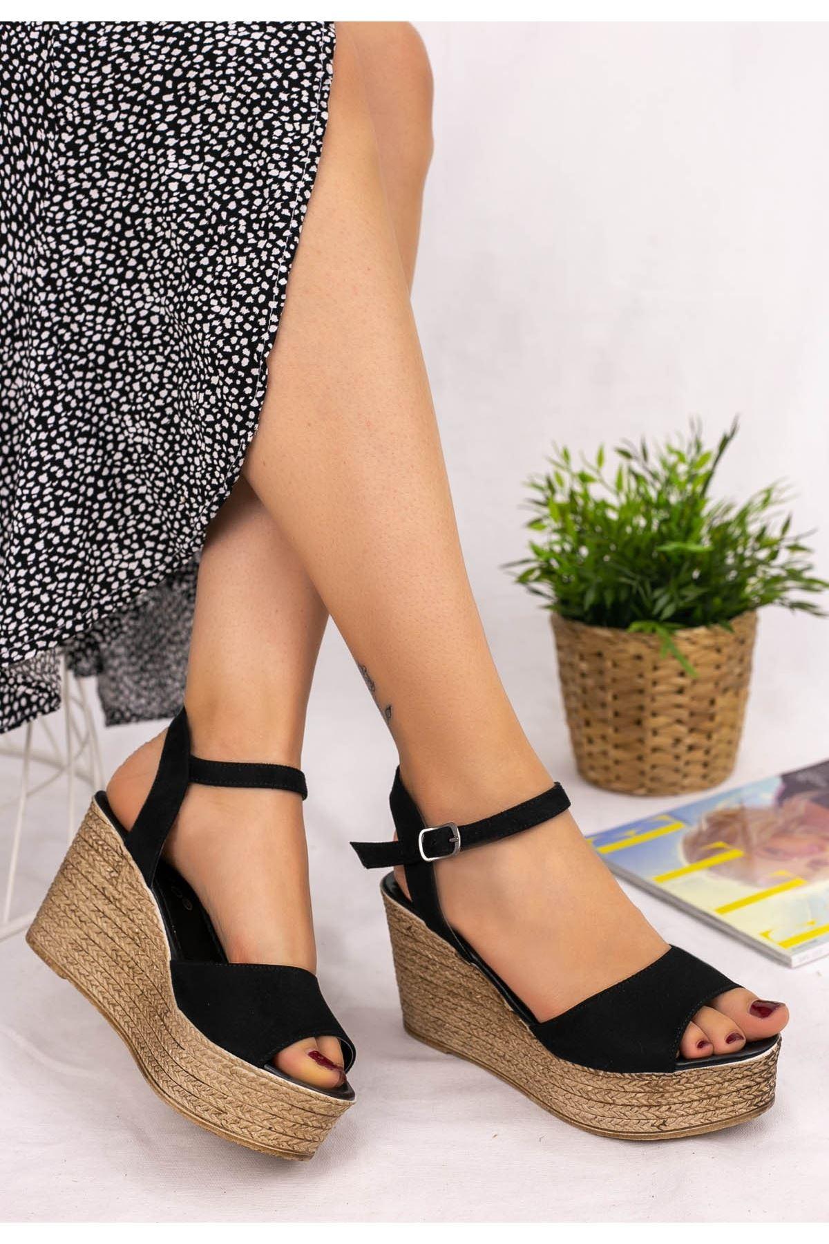 Olivie Siyah Süet Dolgu Topuk Sandalet