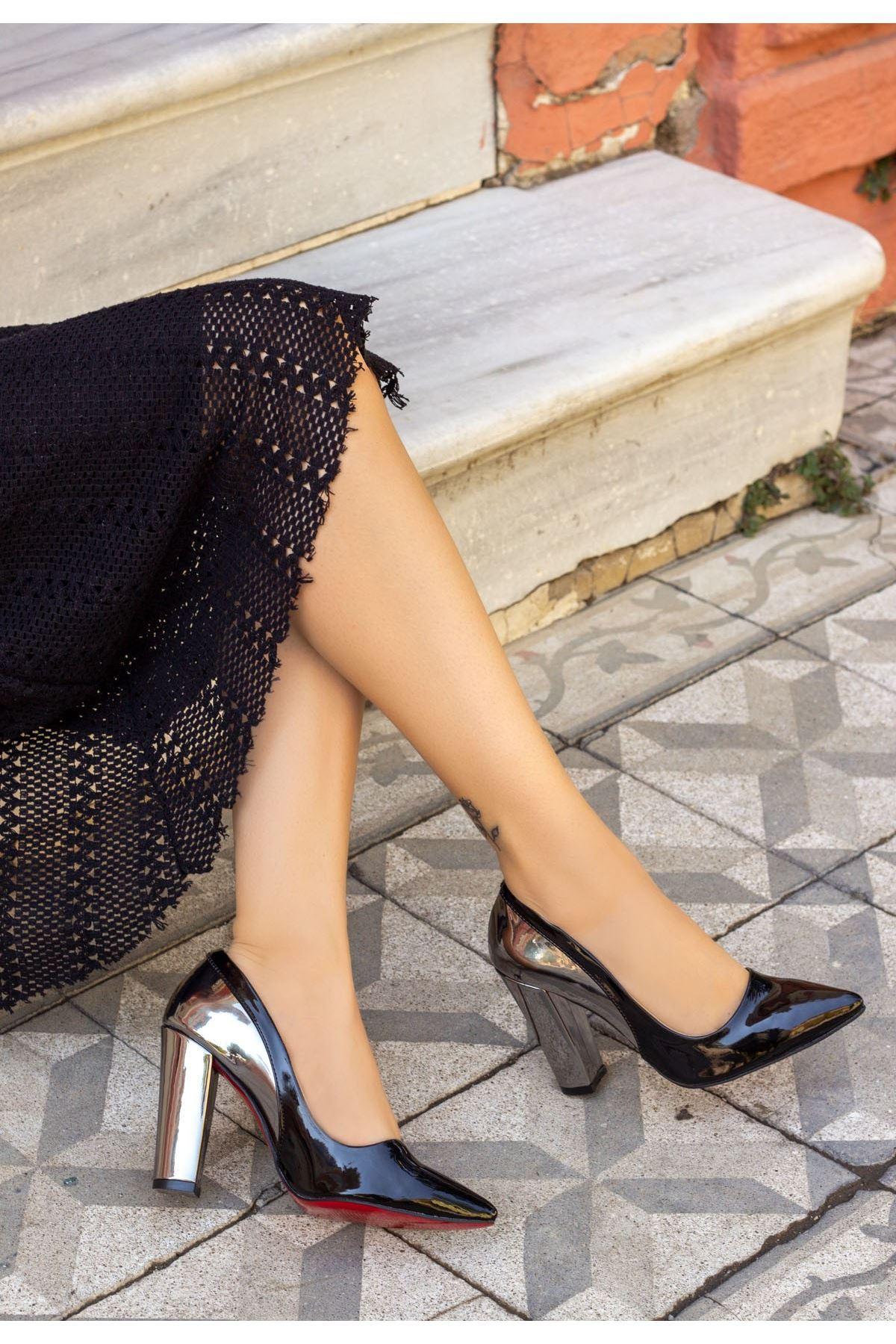 Vart Siyah Rugan Ayna Topuklu Ayakkabı