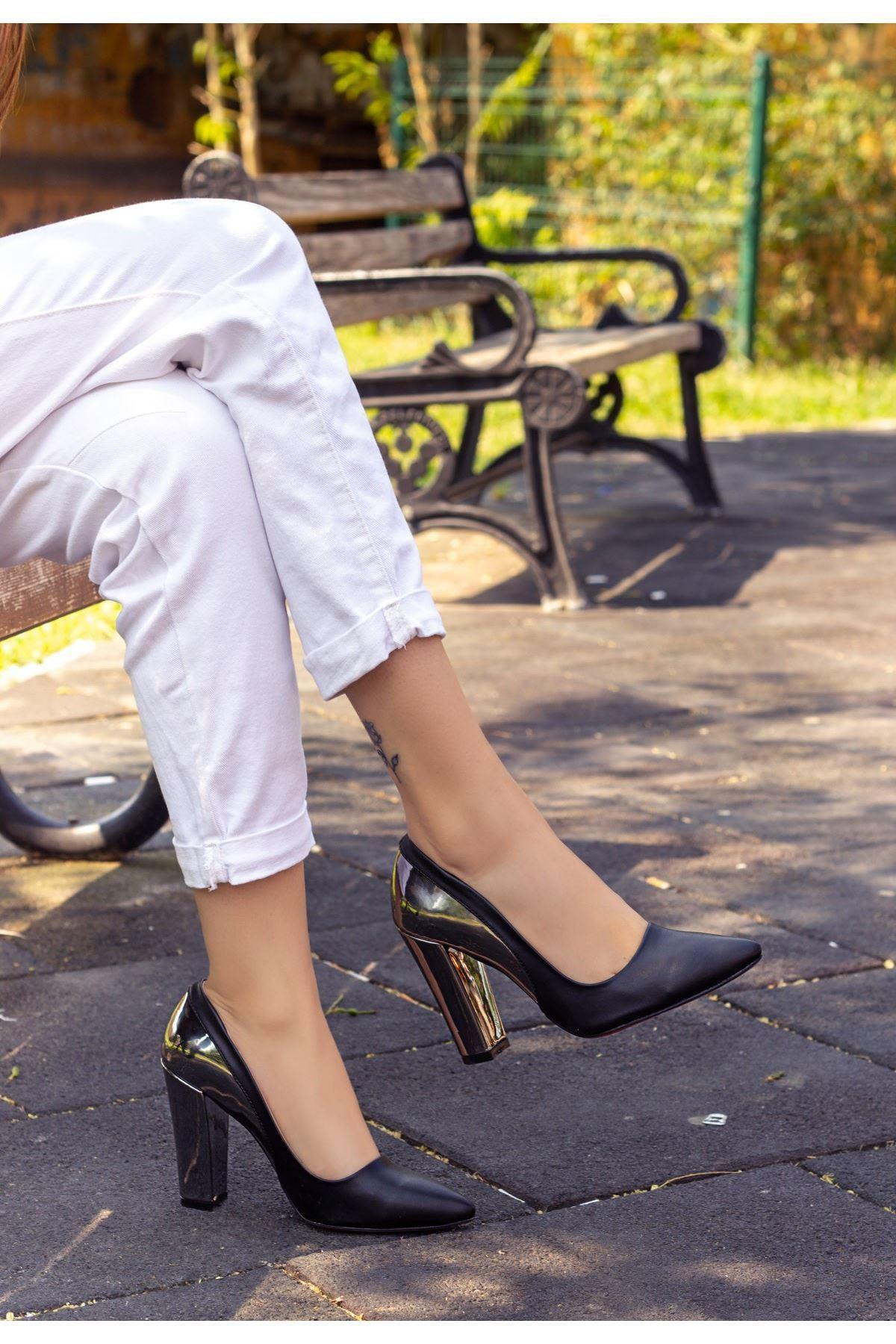 Vart Siyah Cilt Ayna Topuklu Ayakkabı